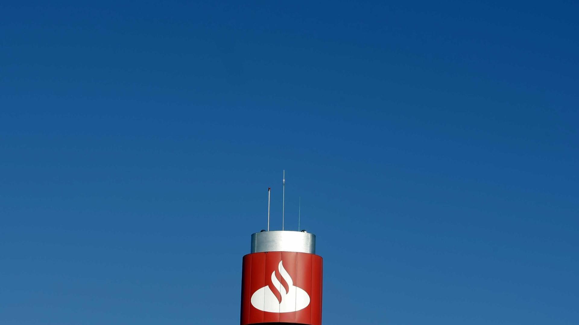 """Saíram cerca de 200 trabalhadores do Santander por """"mútuo acordo"""""""