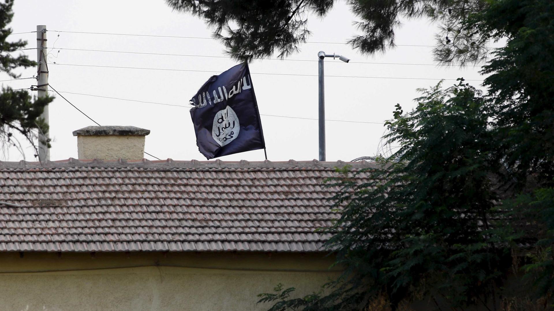 Raptada e trocada durante anos. Acabou salva por falsos jihadistas