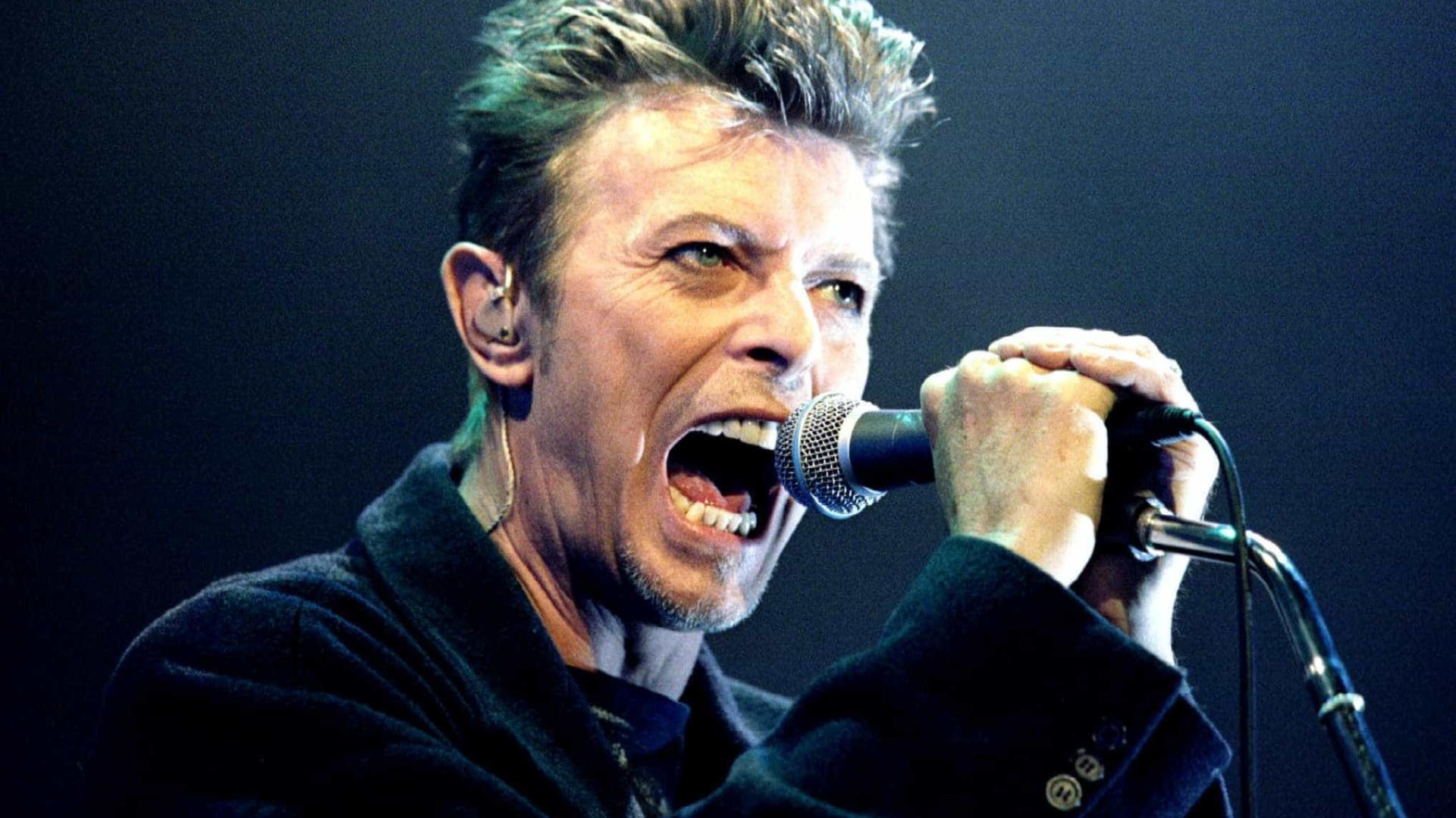 Primeira gravação conhecida de David Bowie valeu 45 mil euros em leilão