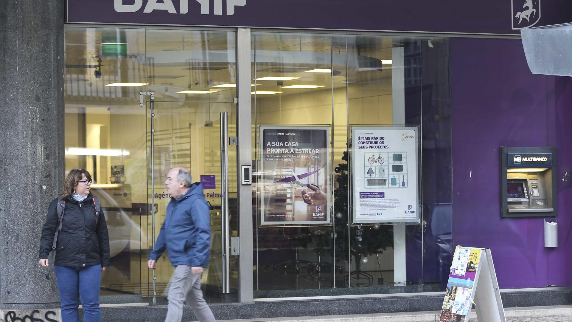 """Lesados do Banif acusam BdP de beneficiar """"grandes"""" credores"""