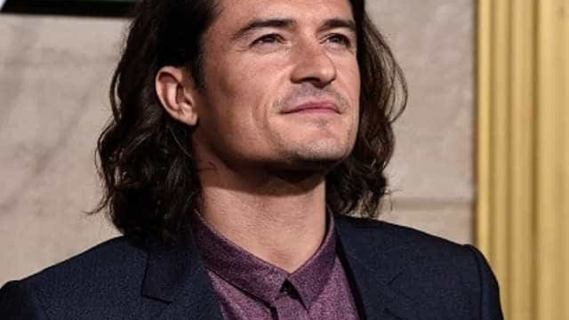 Orlando Blooms Bride undressed for Pirelli 11/16/2009