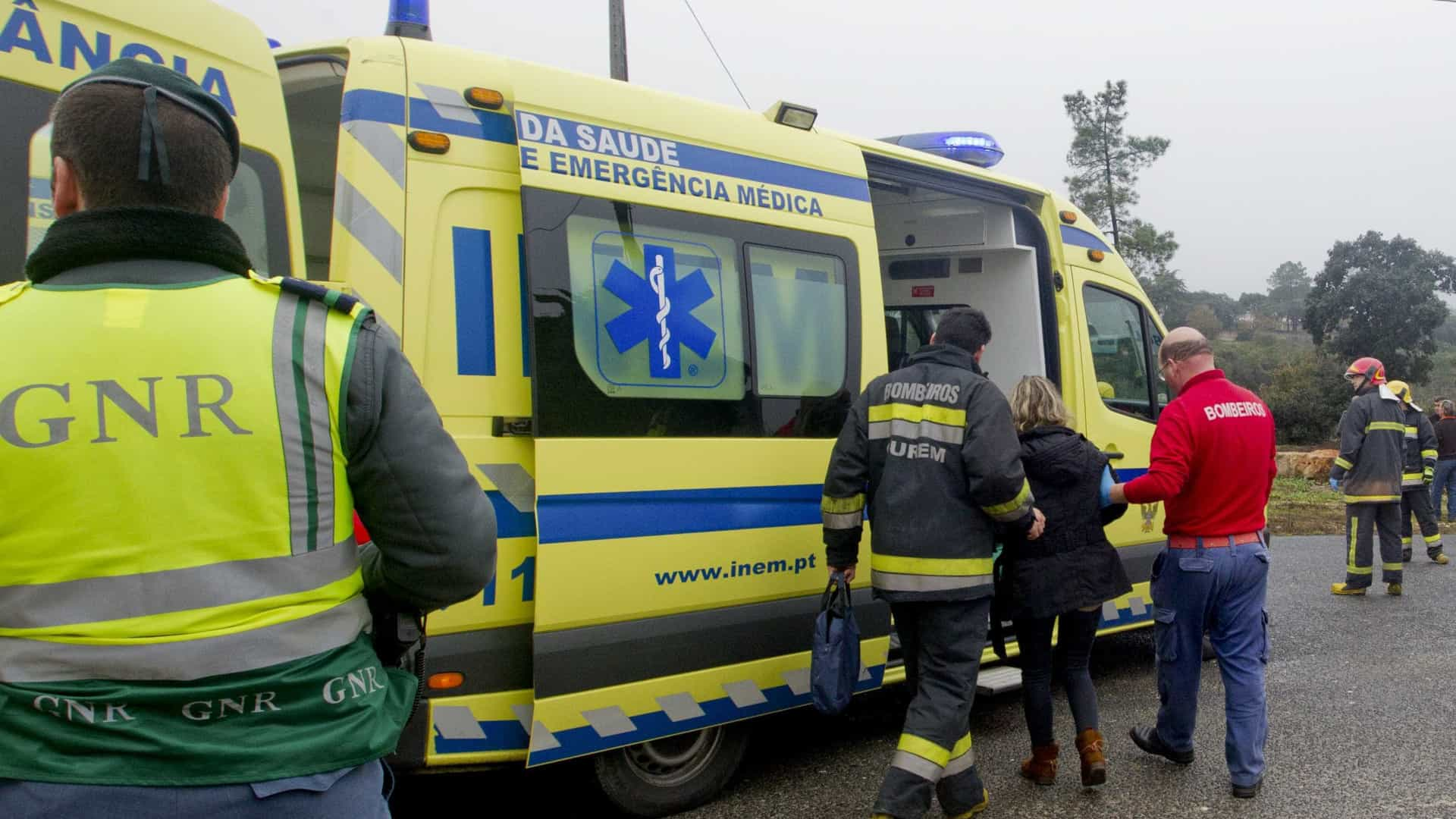 Idoso ferido com gravidade após cair de carro em ravina em Montalegre