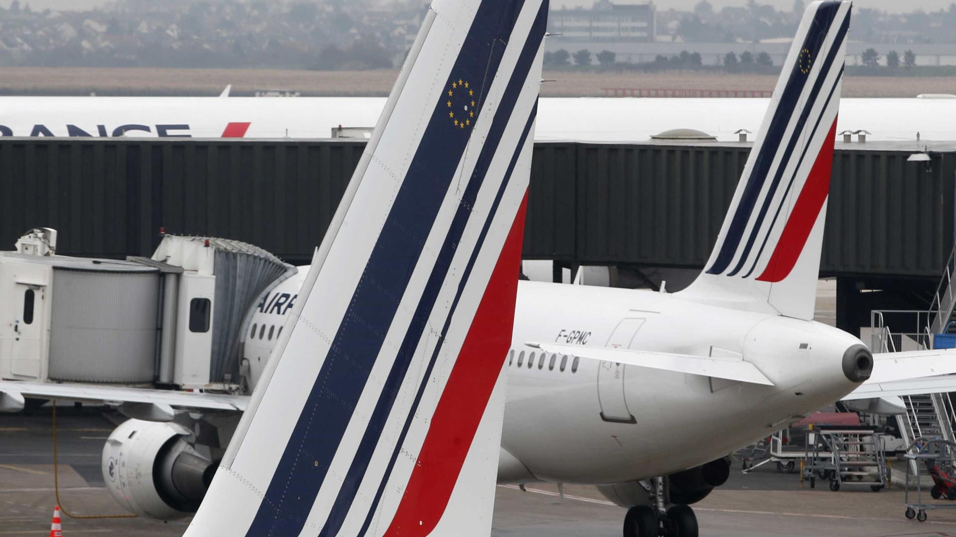 Pilotos da Air France rejeitam proposta de 2% de aumento salarial