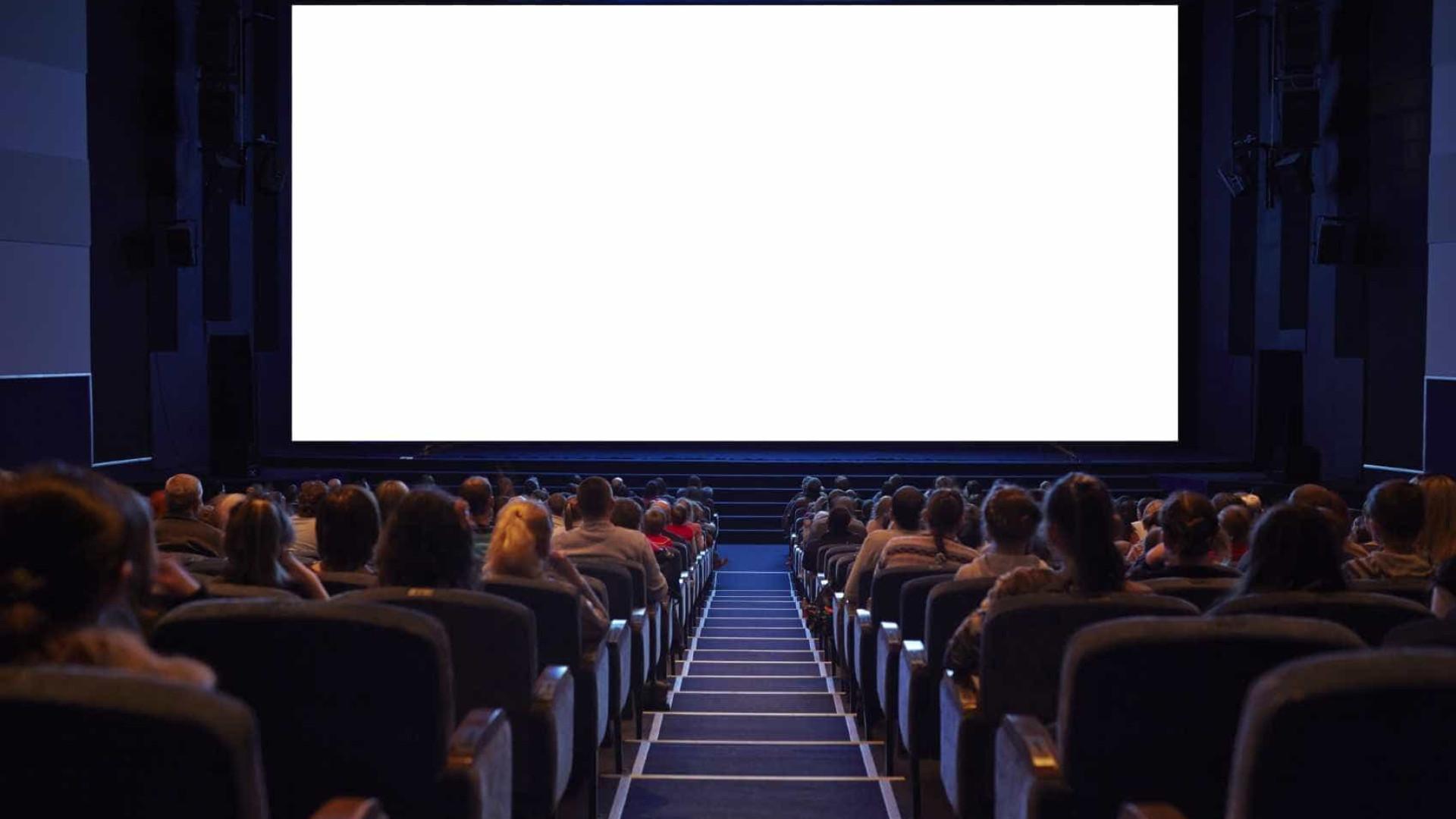 Not Cias Ao Minuto Filme De Terror Obriga A Interven O M Dica Na  -> Imagem De Sala De Cinema