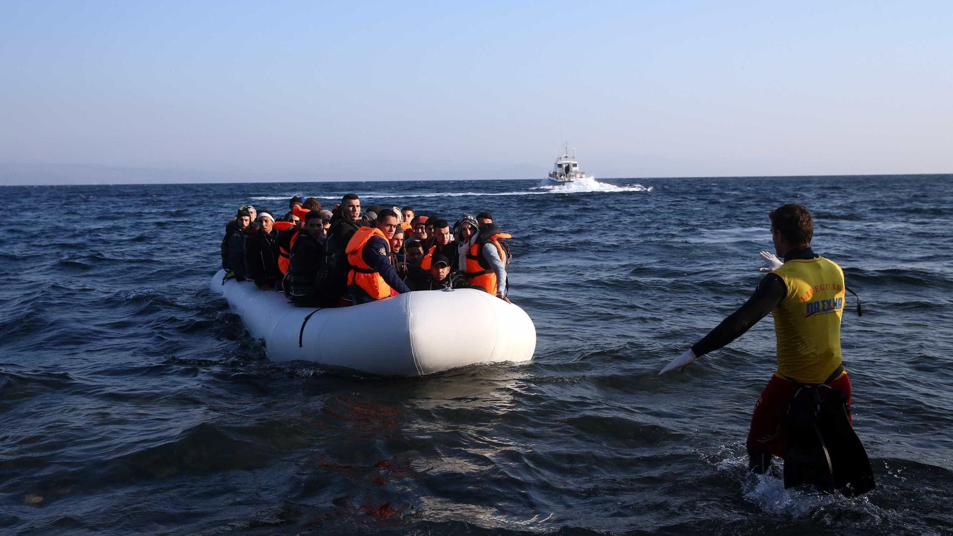 Estados-membros podem bloquear venda de botes insufláveis para a Líbia