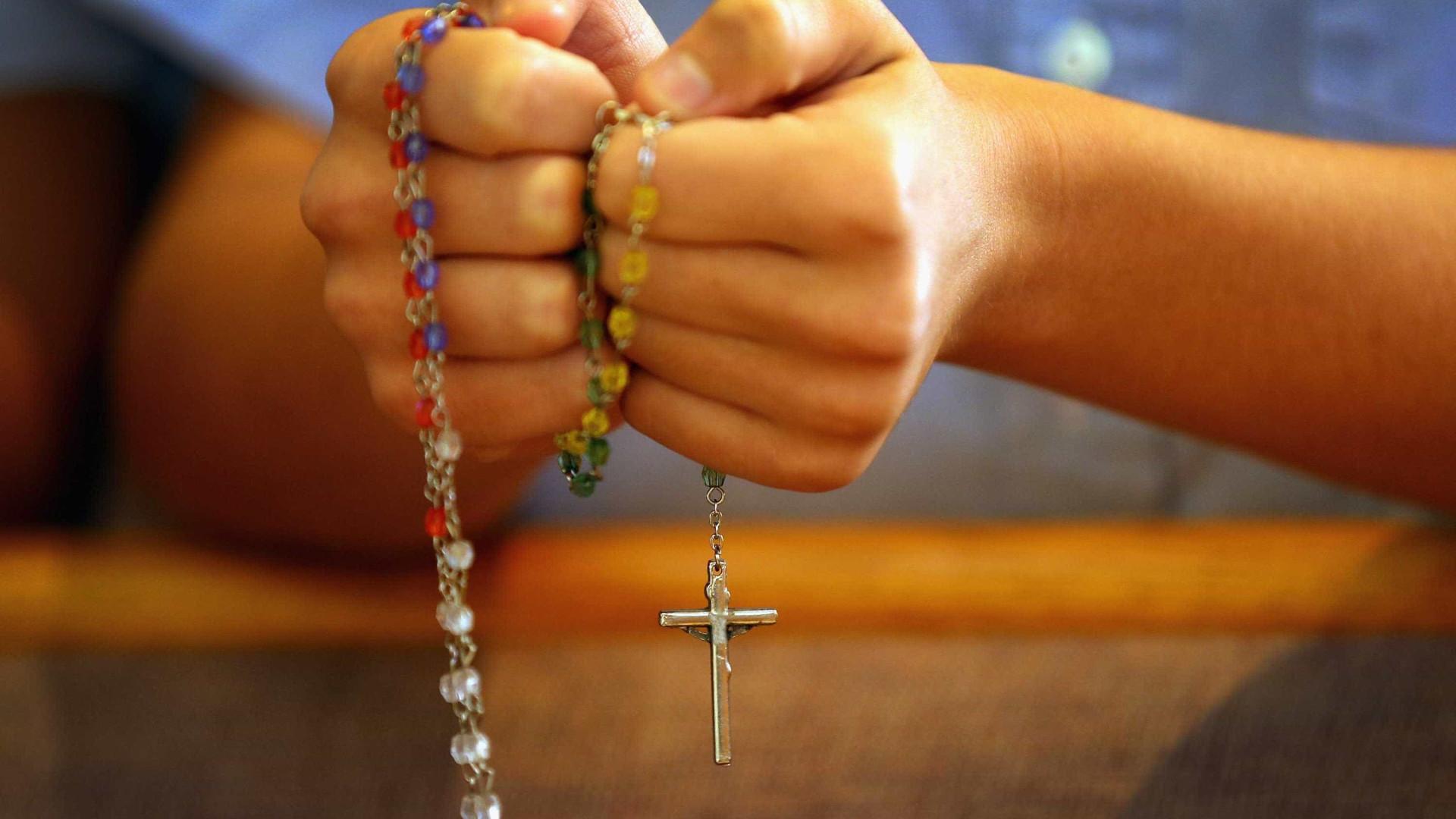 Trinta beatos e santos portugueses esperam decisão do Vaticano