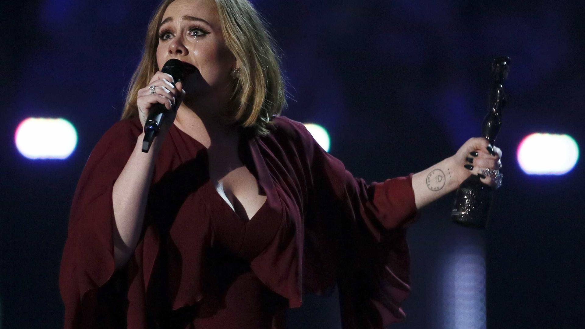 Adele recusa concertos em Las Vegas por causa do clima