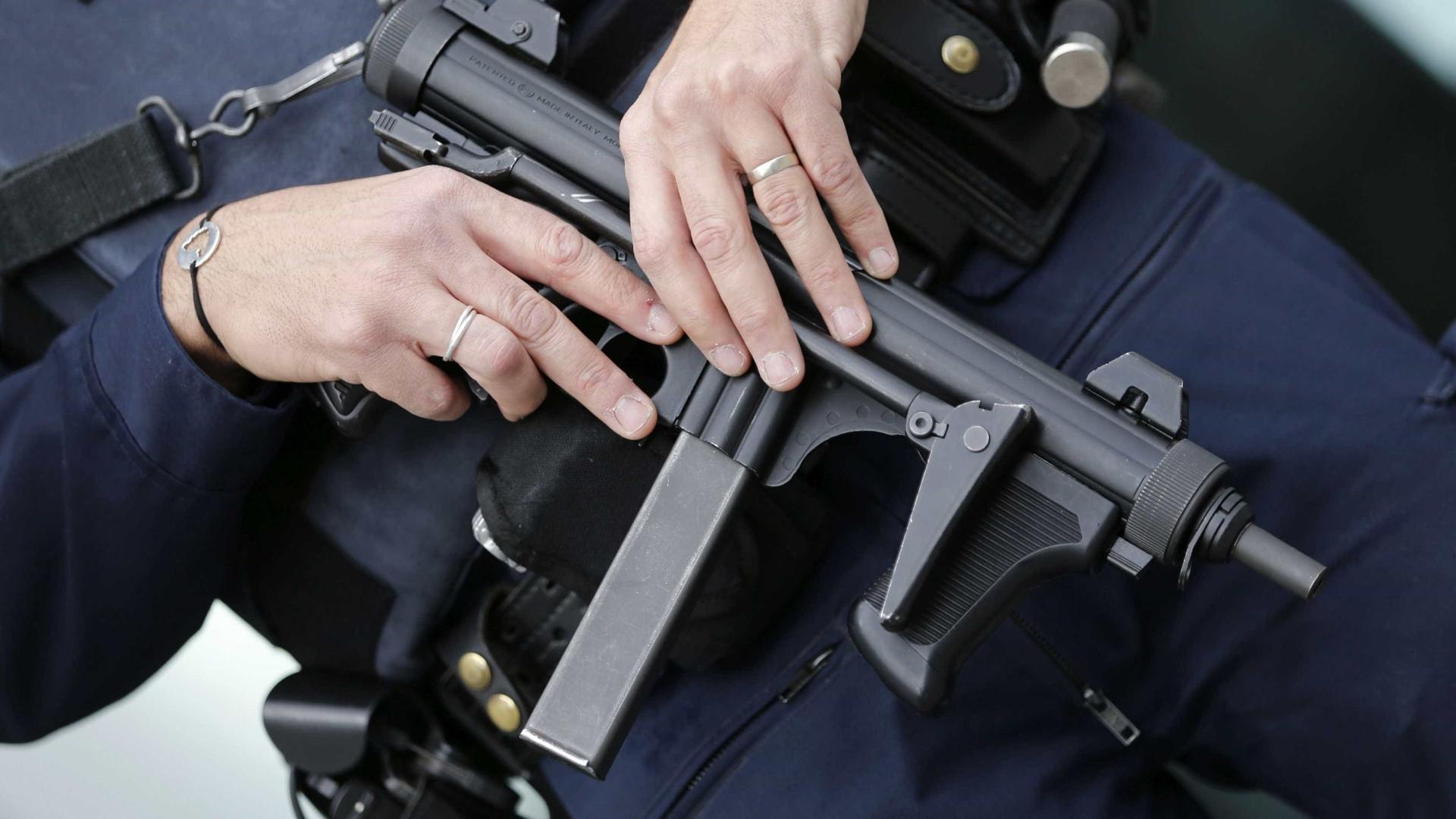 Dois detidos em projeto de atentado frustrado em França
