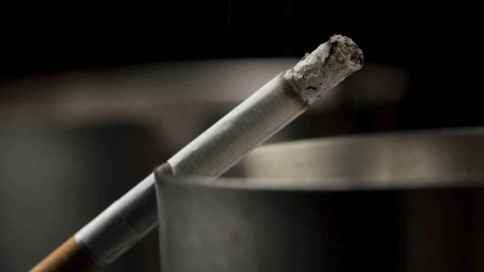Justiça holandesa proíbe zonas para fumadores em cafés e bares