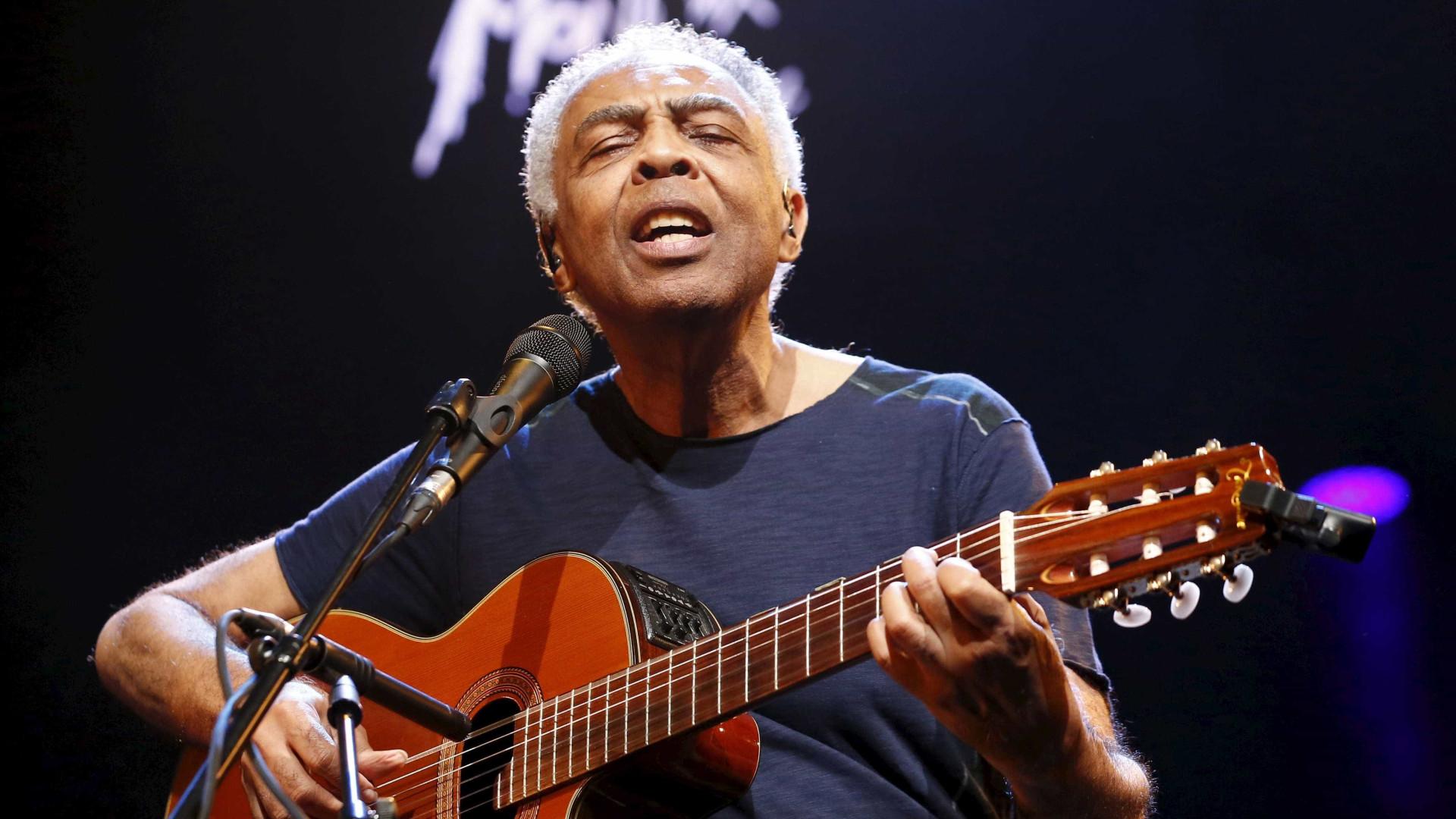 Gilberto Gil cria música em homenagem à médica que o operou