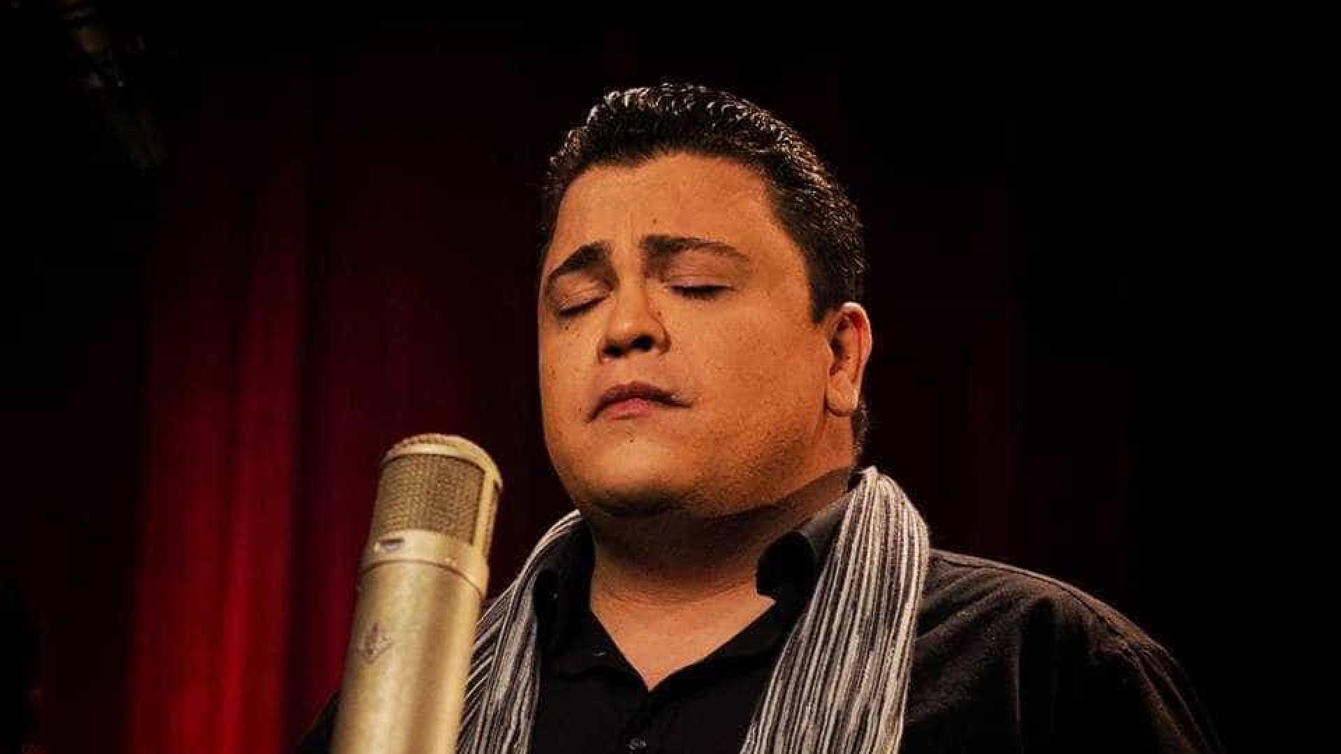 Fadista Ricardo Ribeiro estreia-se no Irão