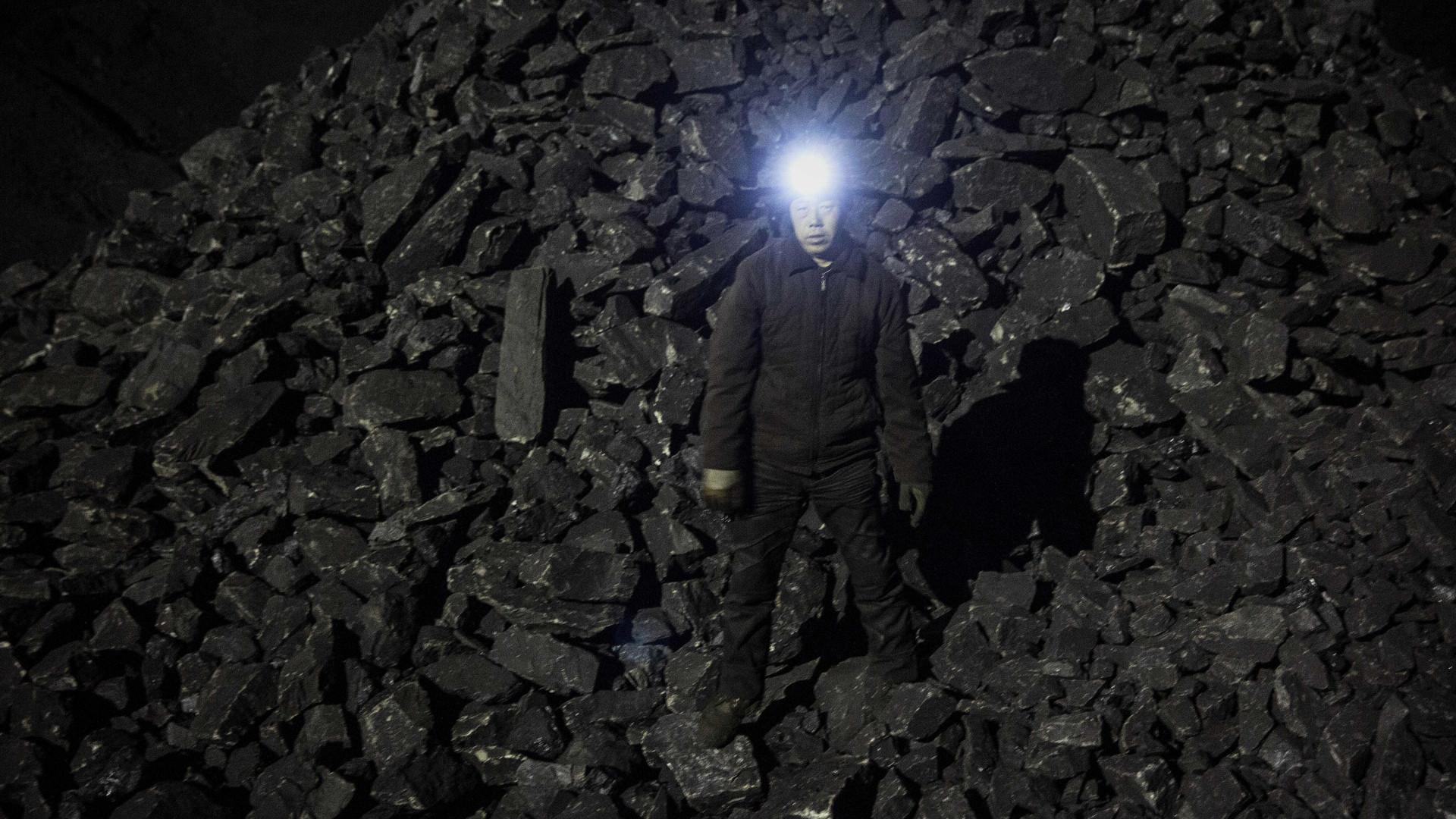Coreia do Norte admite seis mortos em acidente em mina em janeiro