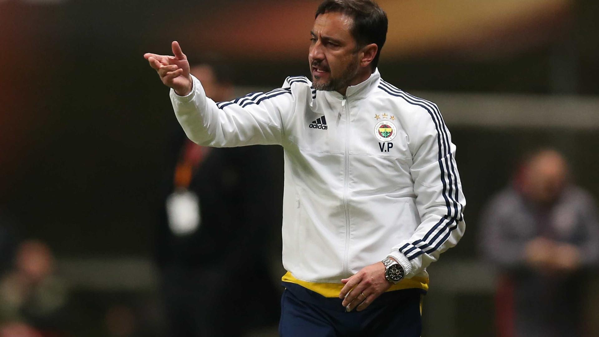 Vítor Pereira estreia-se a vencer na Liga dos Campeões asiáticos