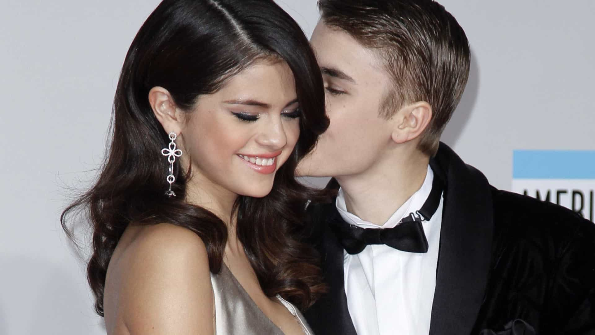 Bieber pediu Selena em casamento? O cantor responde desta forma à questão