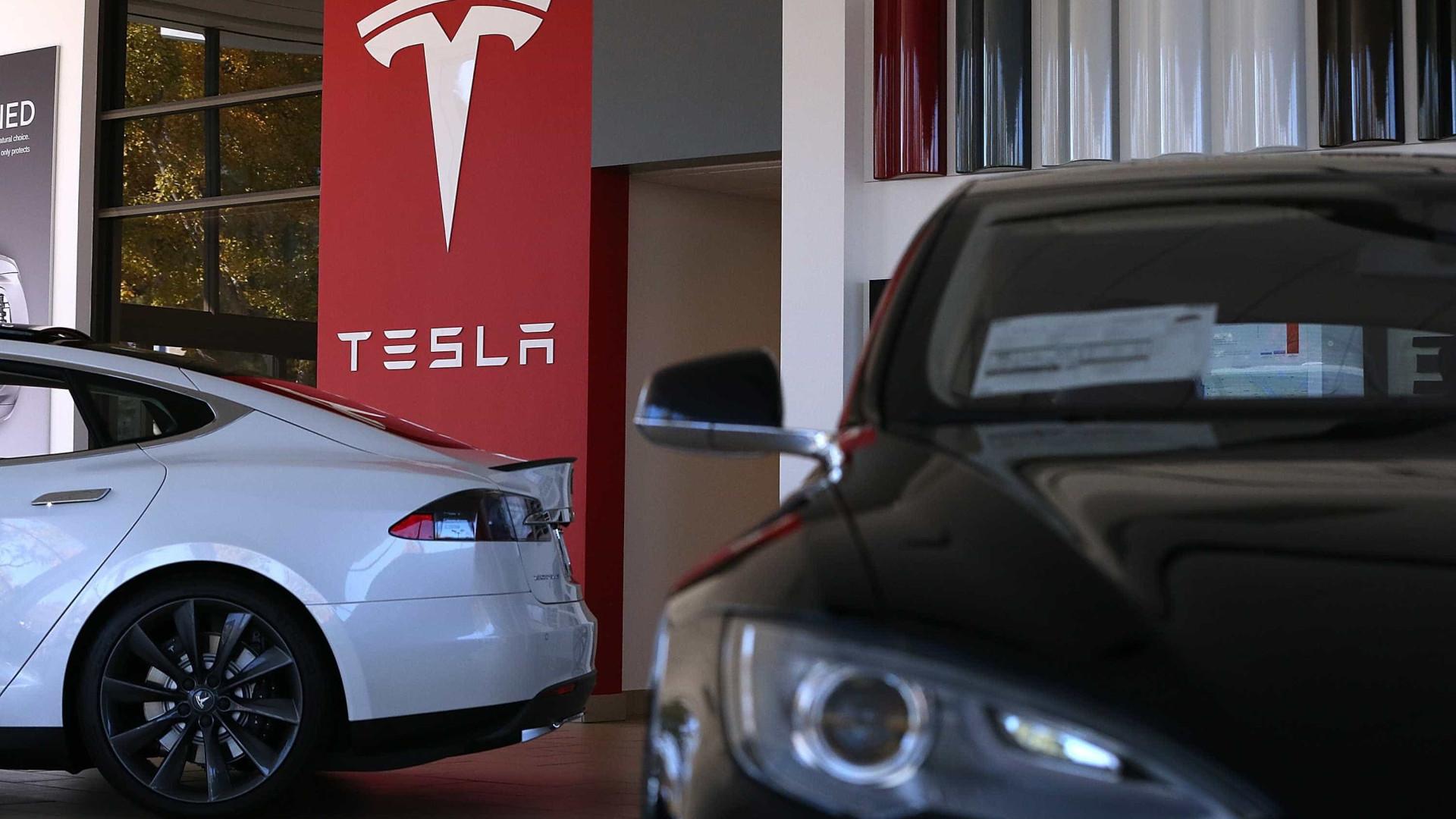 Tesla aumenta autonomia de carros para ajudar na fuga do furacão Florence