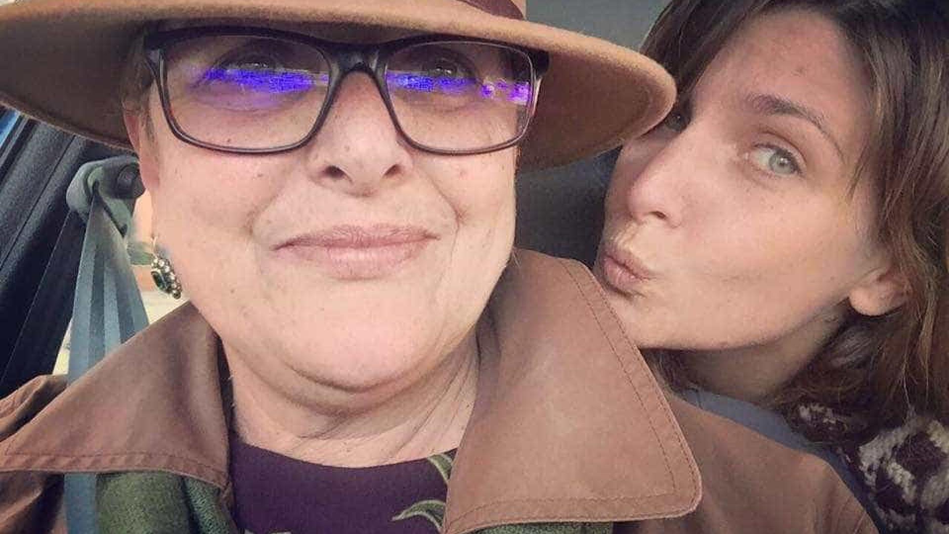 "Luísa Castel-Branco arrasa look da filha: ""Levou um bibe. Linda onde?"""