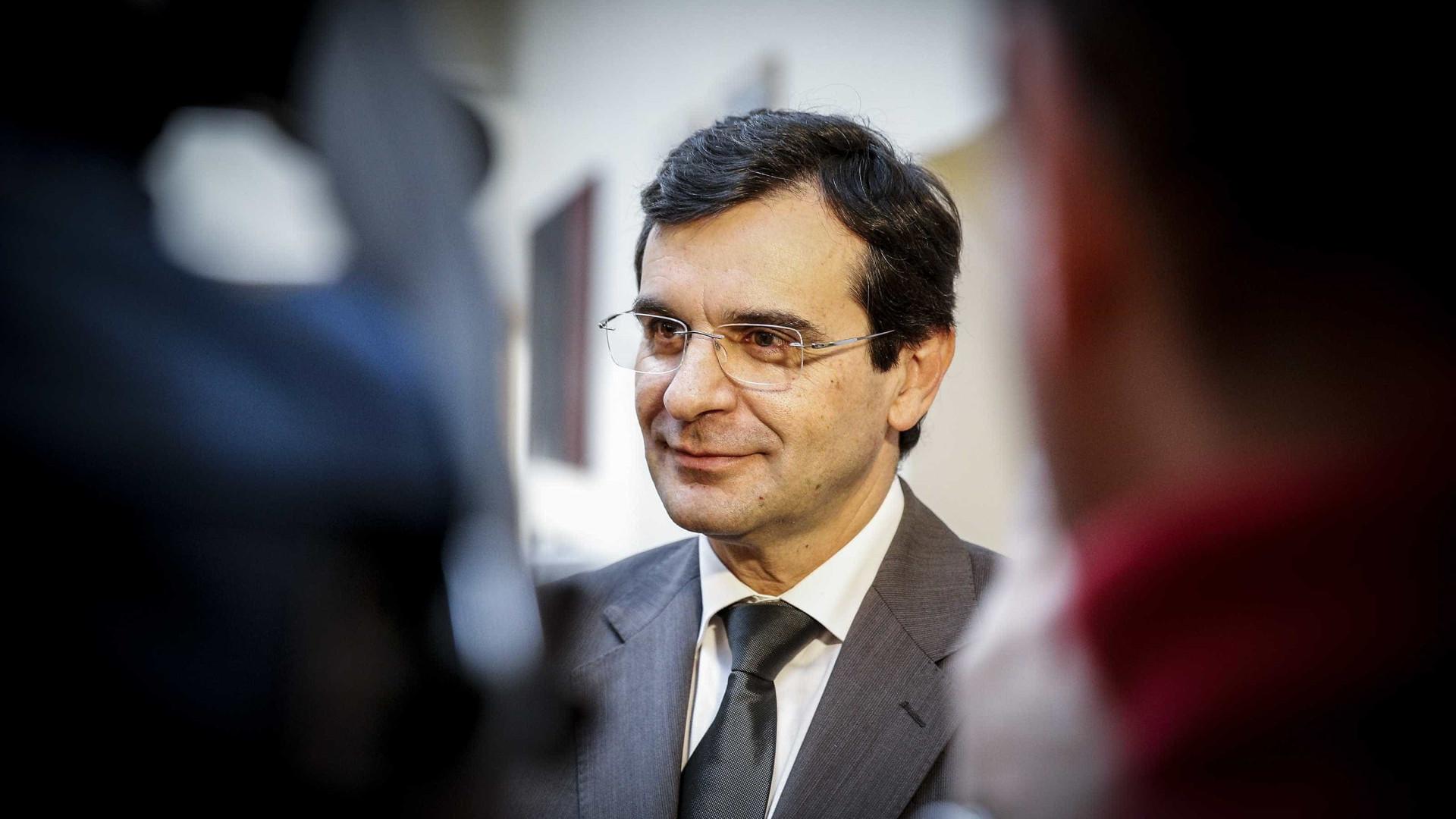 PSD quer confrontar amanhã ministro da Saúde com problemas no setor