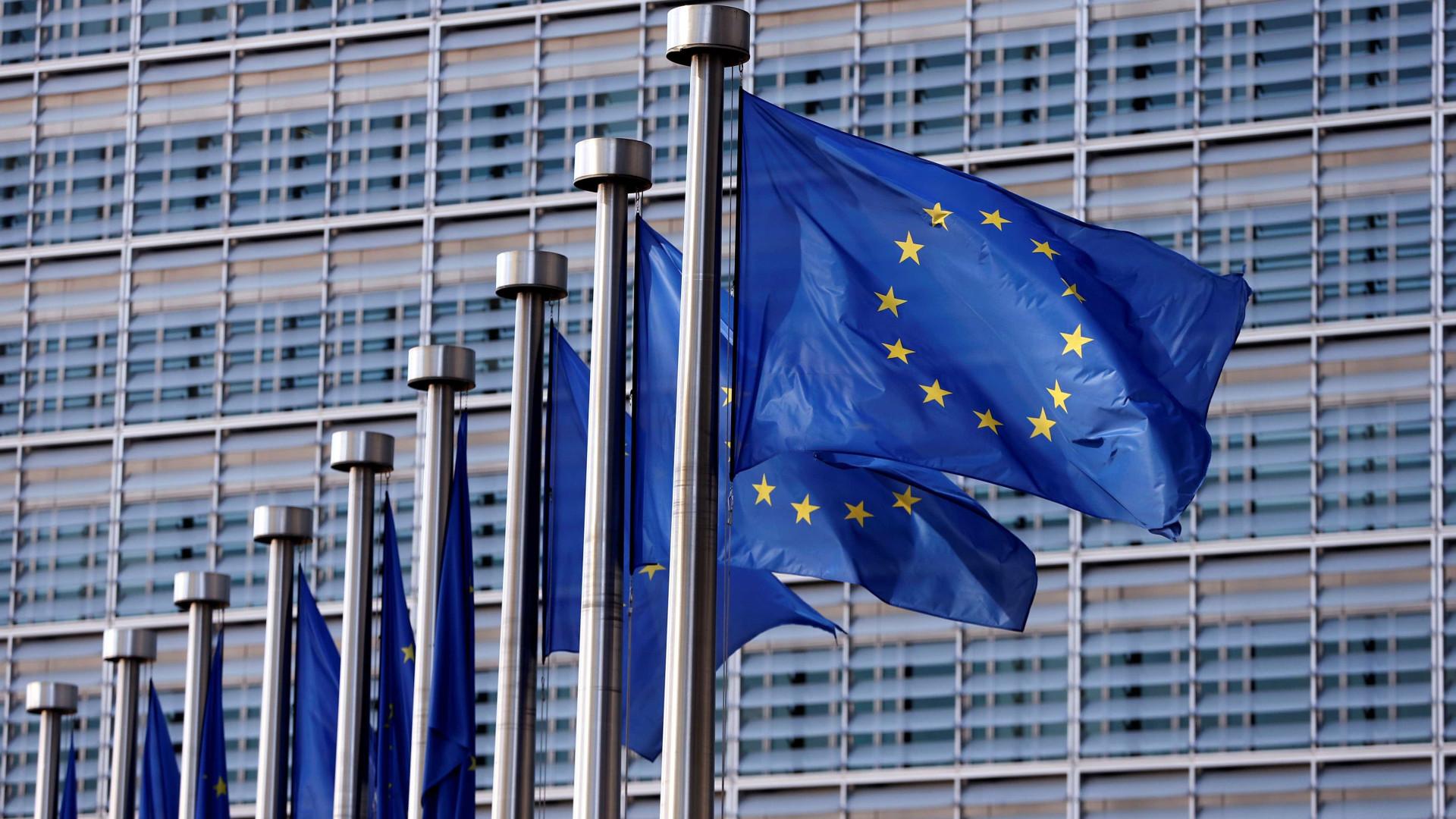 """Bruxelas aponta """"risco de não cumprimento"""" ao OE2018"""