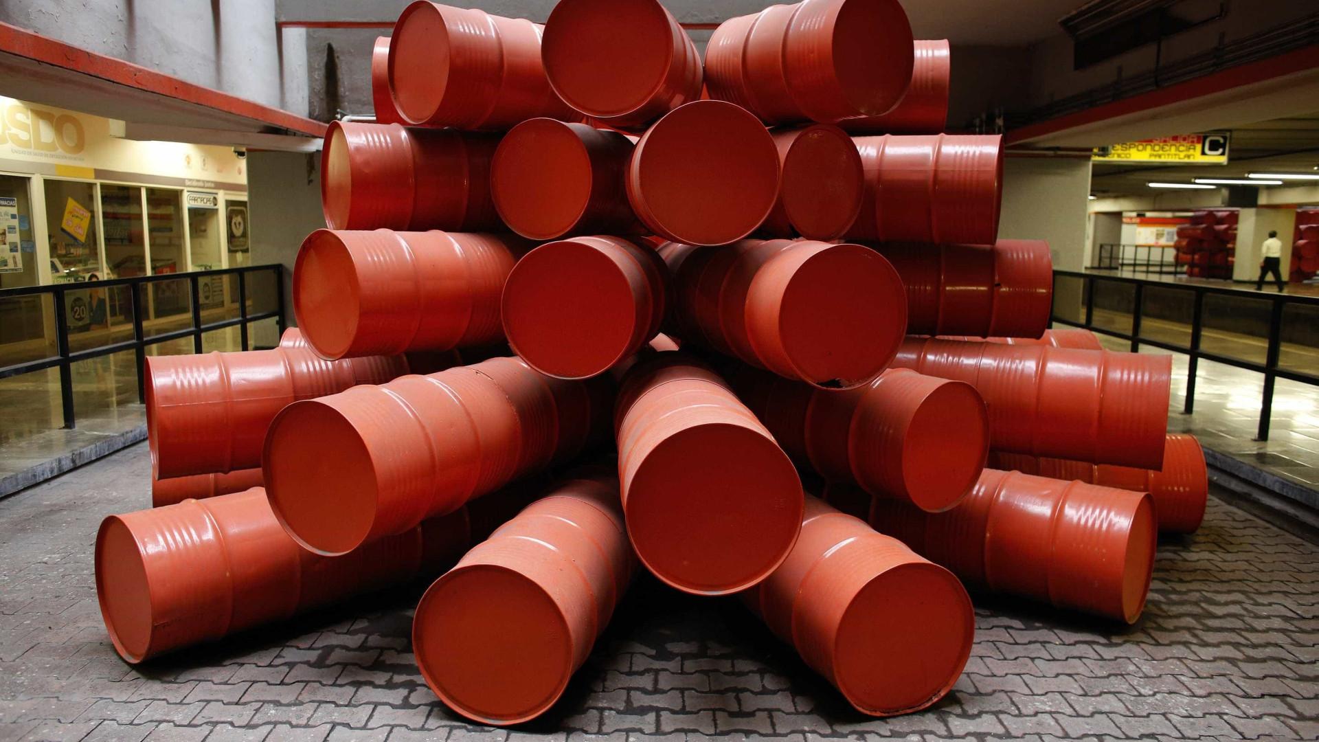 Preço do barril Brent sobe