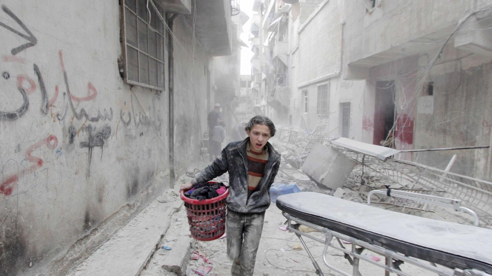 Síria: Bombardeamentos russos fizeram mais de 18 mil mortos desde 2015
