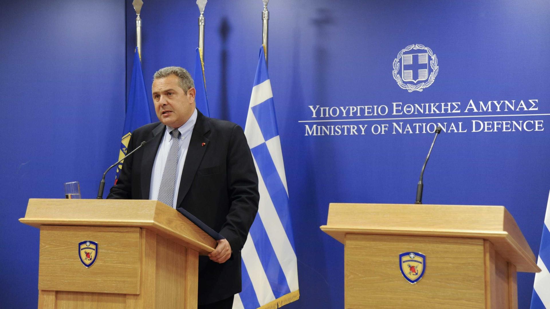 Ministro grego demite-se antes de votação sobre nome da Macedónia