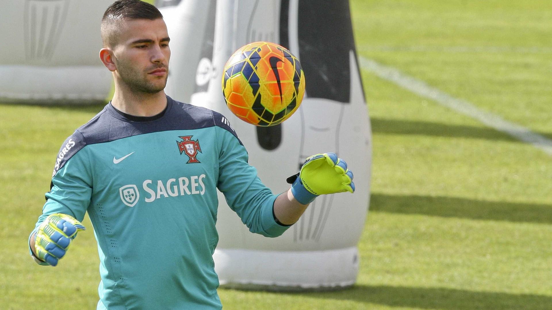 Pepe integrado na seleção portuguesa, Lopes ausente