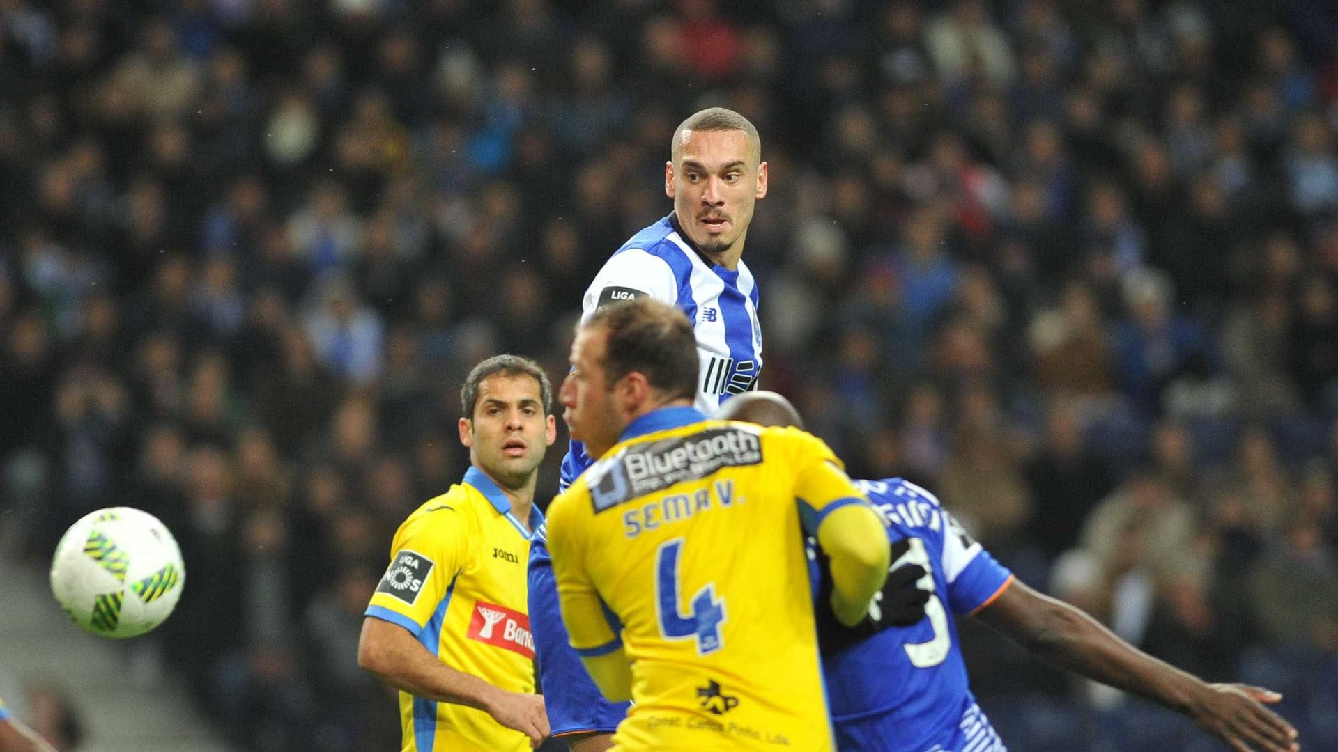 """Maicon revela: """"Gostaria muito de representar novamente o FC Porto"""""""