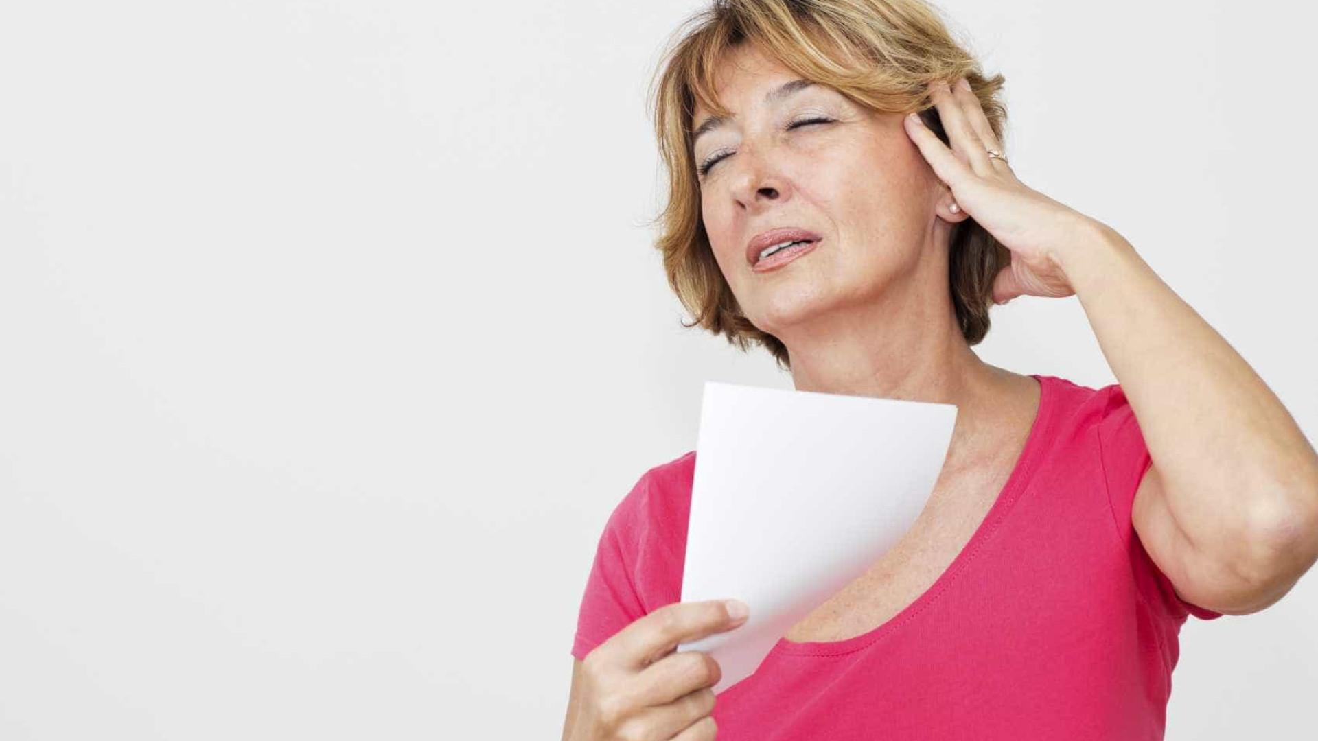 Afrontamentos ligados a distúrbio mental em mulheres na menopausa