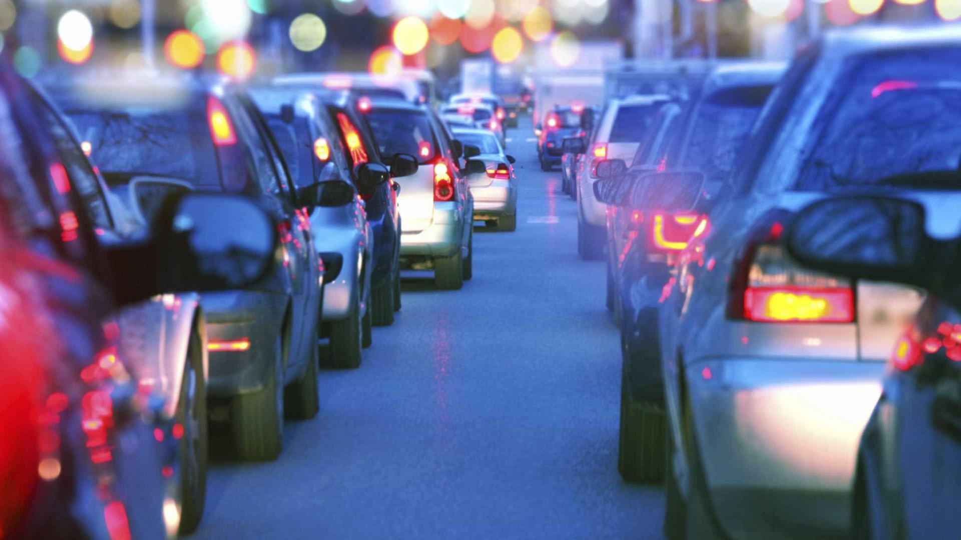 Obras na A1 à chegada a Lisboa condicionam trânsito