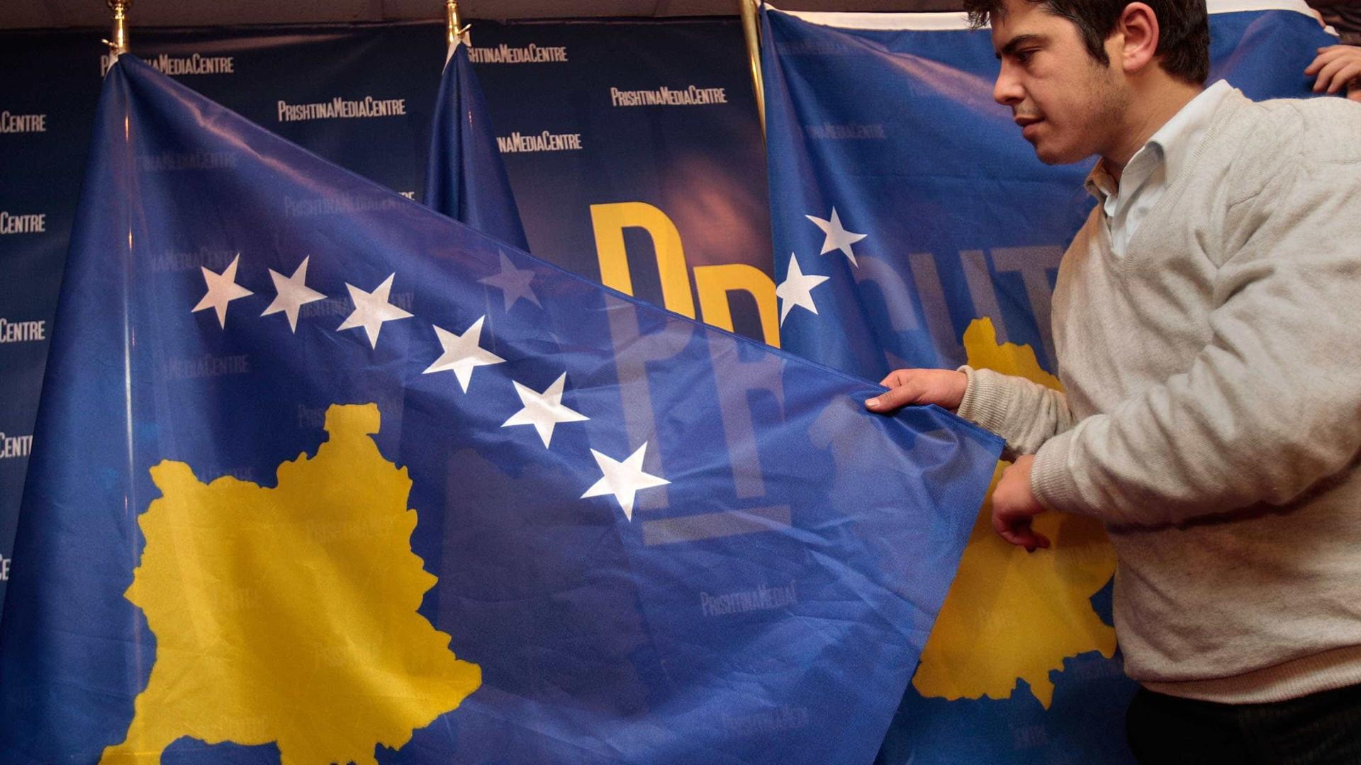 Kosovo celebra dez anos de independência com soberania limitada