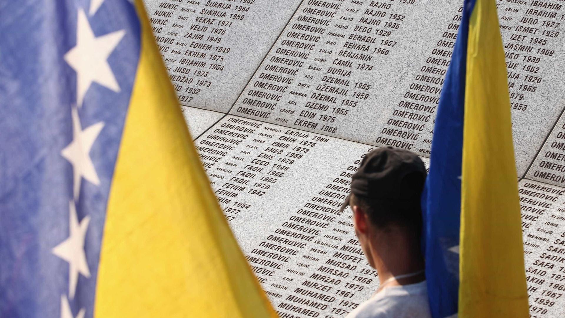 """Bósnia-Herzegovina receia """"crise"""" migratória com origem na Grécia"""