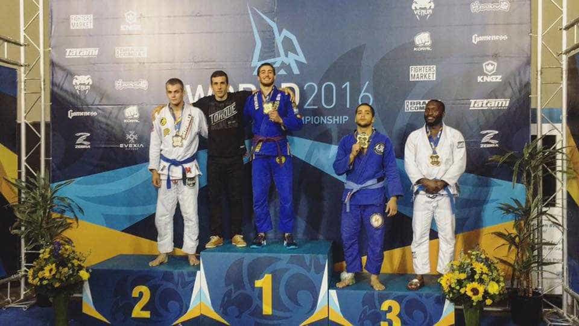 Lutador português conquista título de campeão do Mundo de Jiu-Jitsu