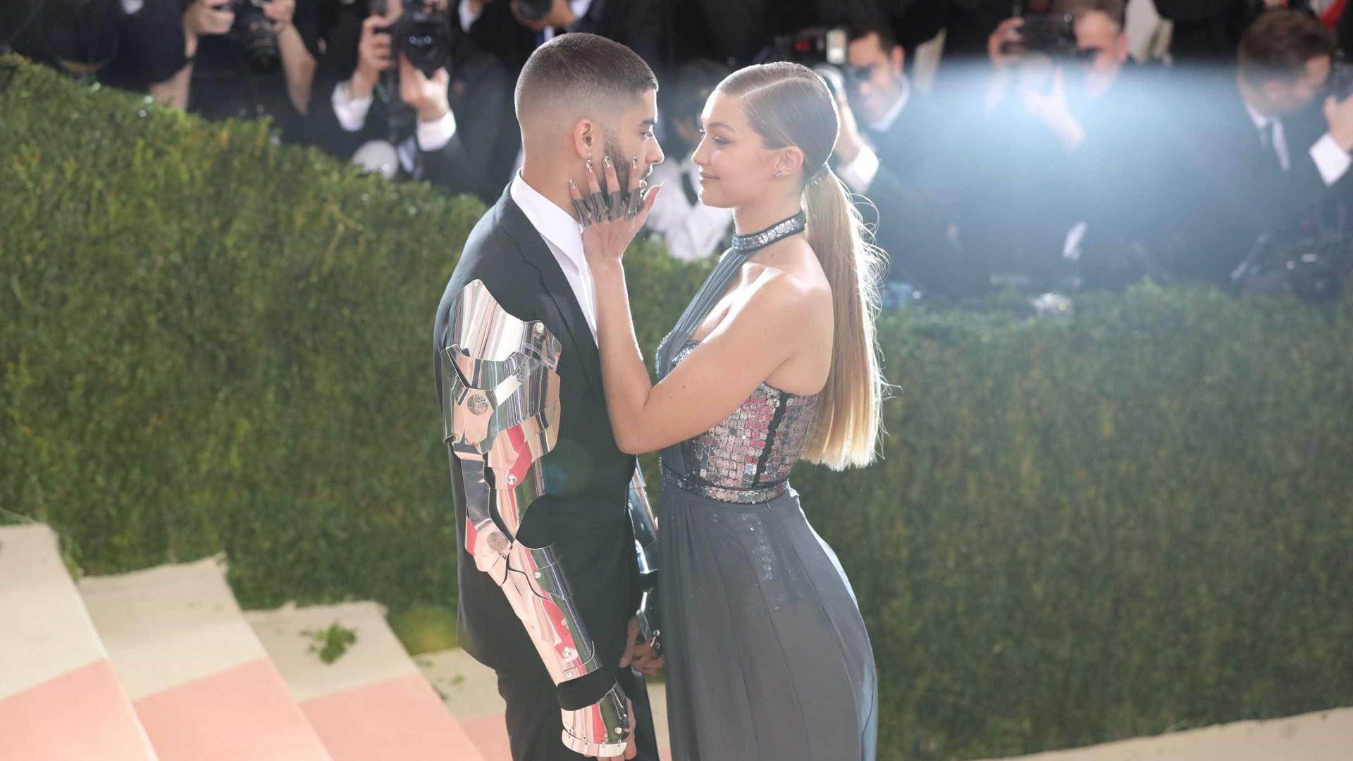Fãs preocupados com tatuagem que Zayn Malik tem de Gigi Hadid