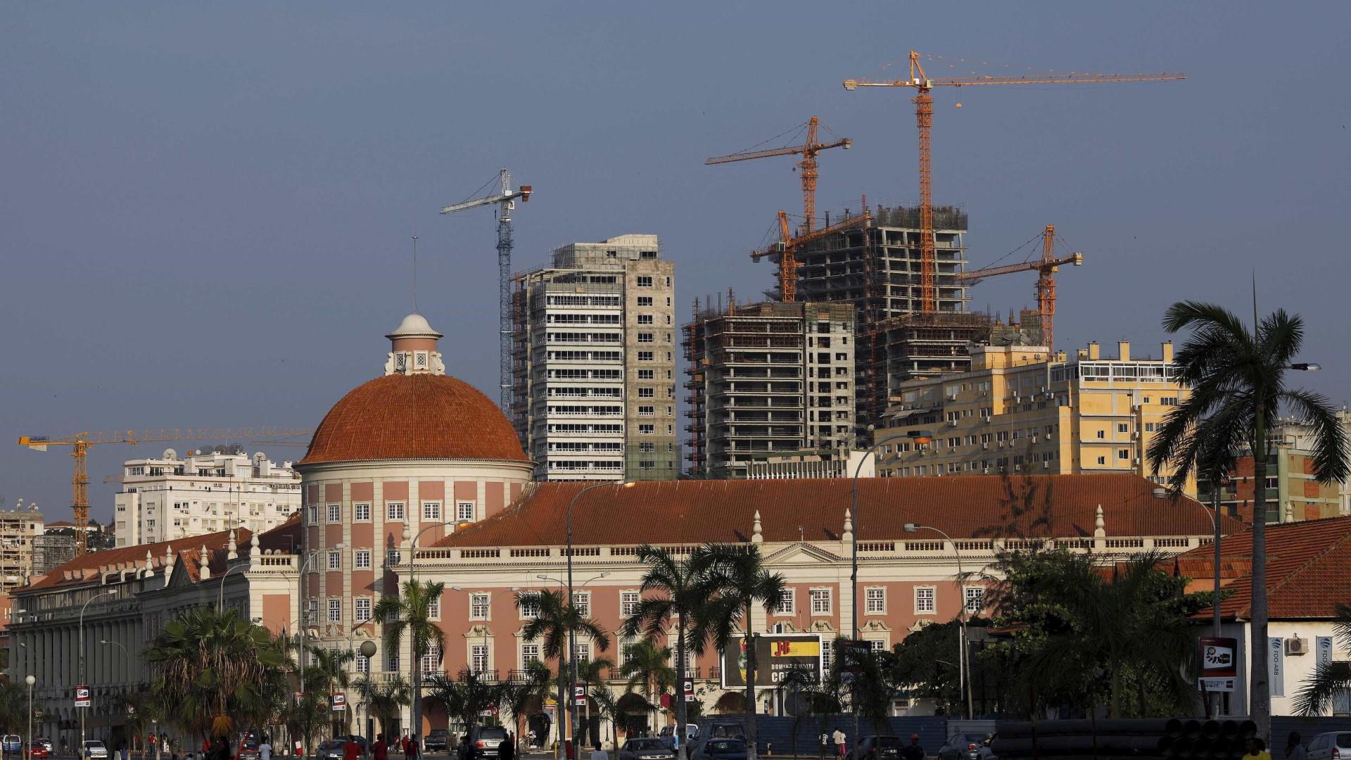 Um terço dos expatriados regressou a Portugal com crise angolana