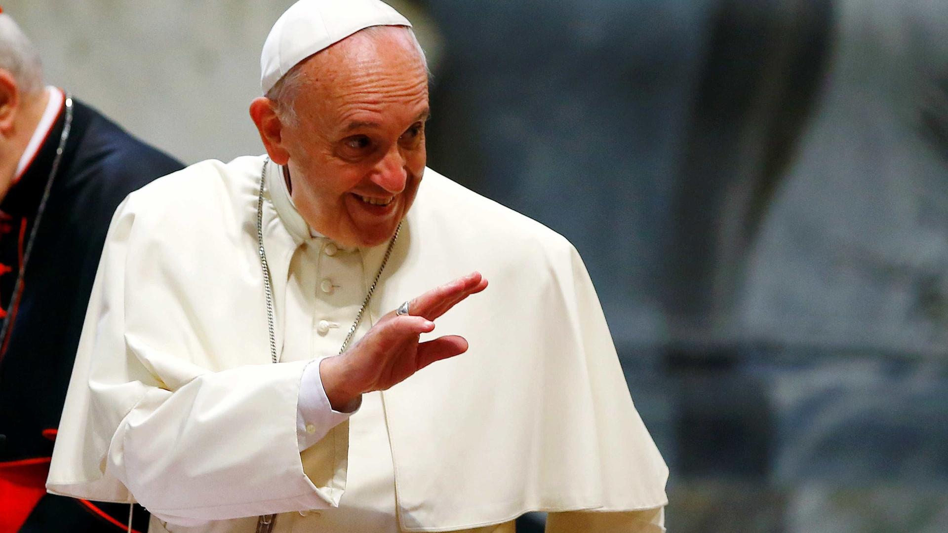 """""""Deus fez-te assim e ama-te assim"""", terá dito Papa Francisco a homem gay"""