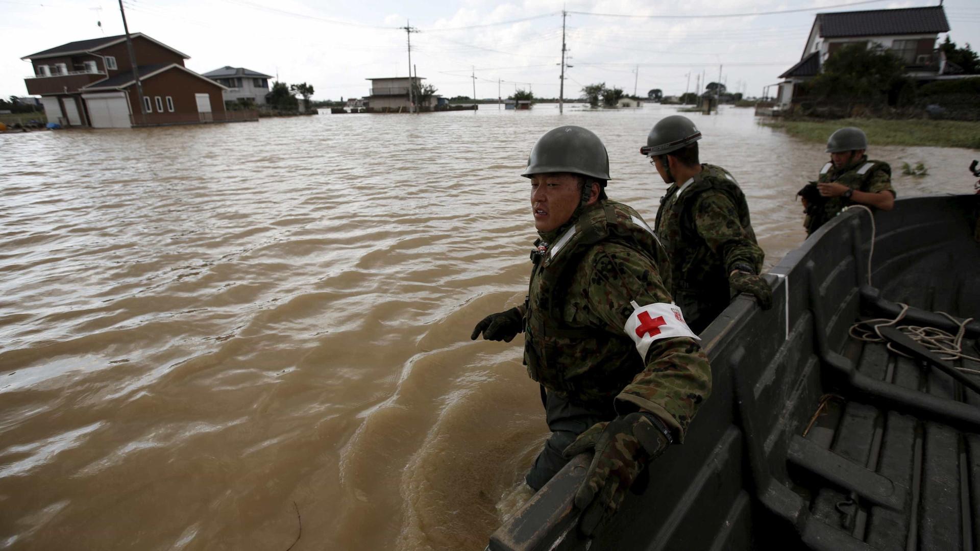 Seis mortos e 20 desaparecidos em inundações no Japão