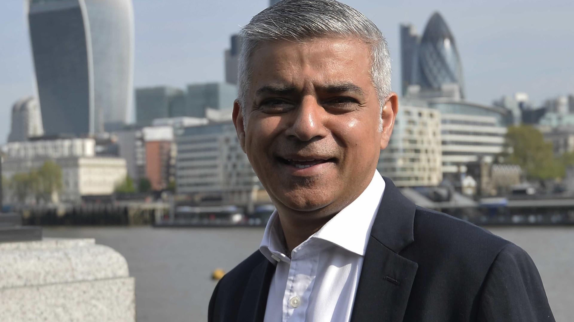 Presidente da Câmara de Londres pede referendo com opção de ficar na UE