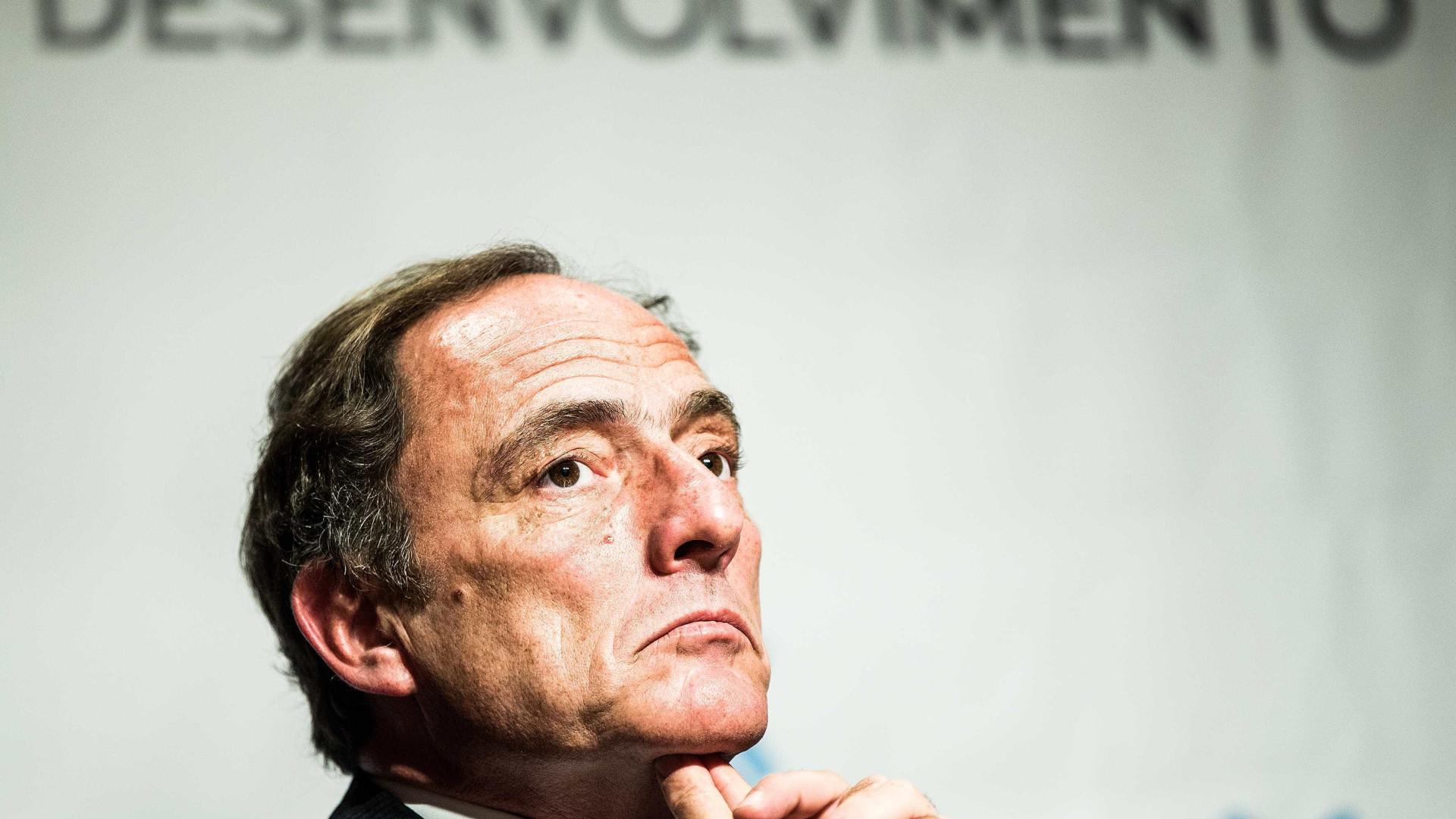 """""""Estamos a cavar modelo muito difícil para a União Europeia"""""""