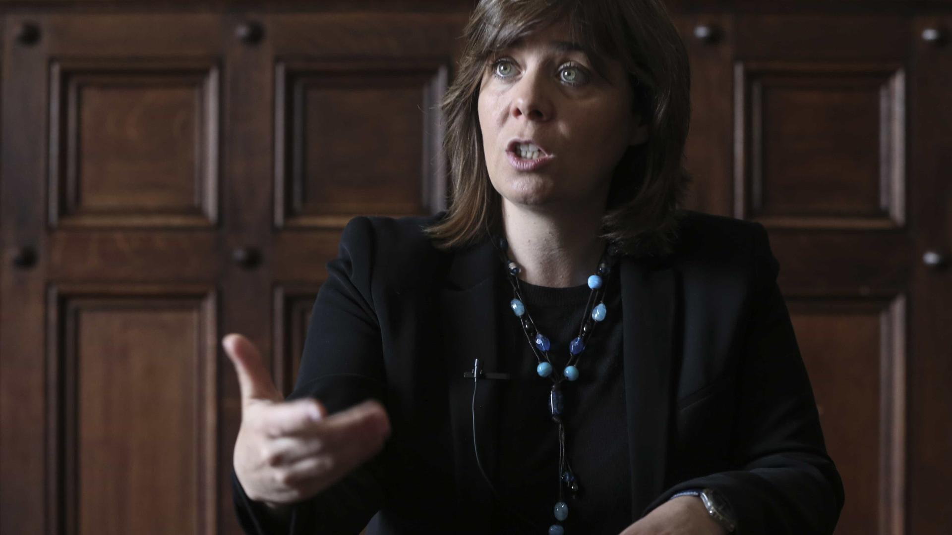 Catarina Martins diz que é preciso acelerar a descontaminação das Lajes