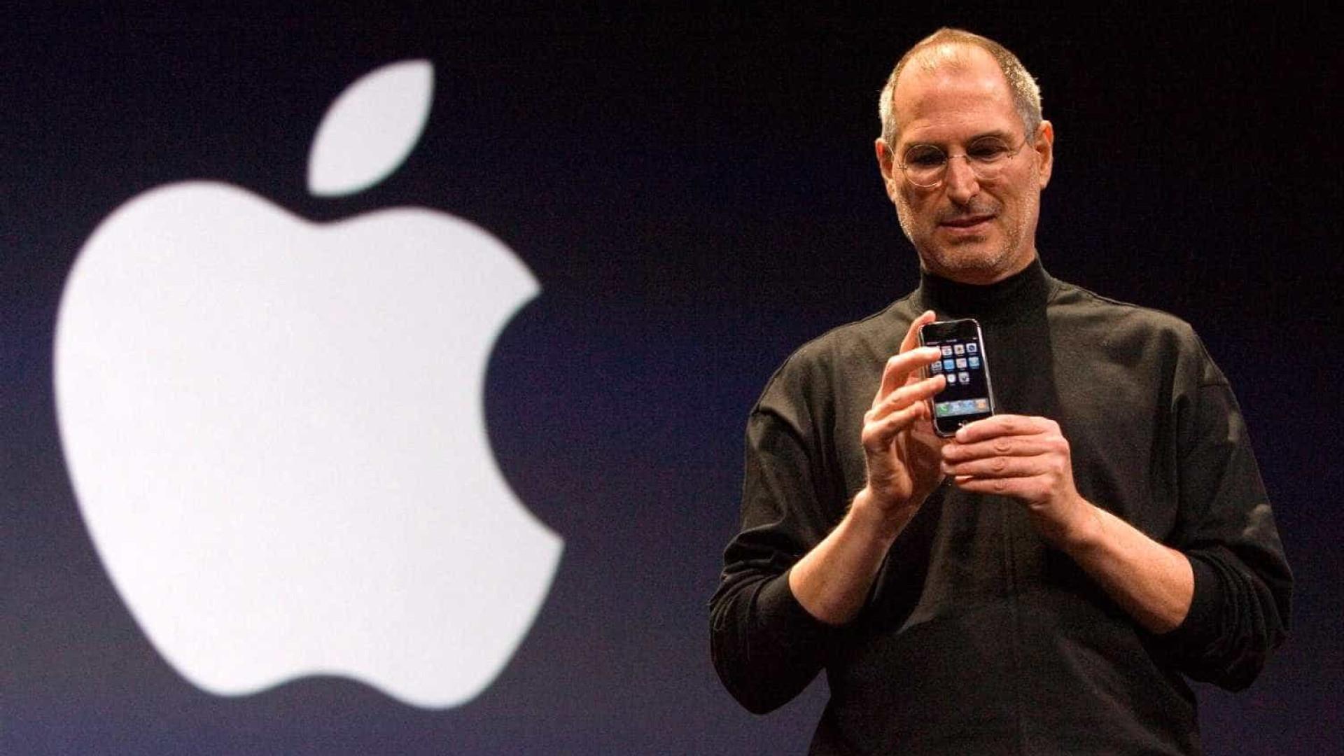 """Lisa lembra a """"amargura e orgulho"""" de ser filha de Steve Jobs"""