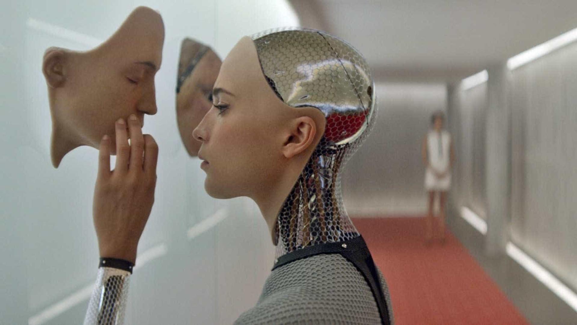 Pele artificial dá a robots a capacidade de sentir toque
