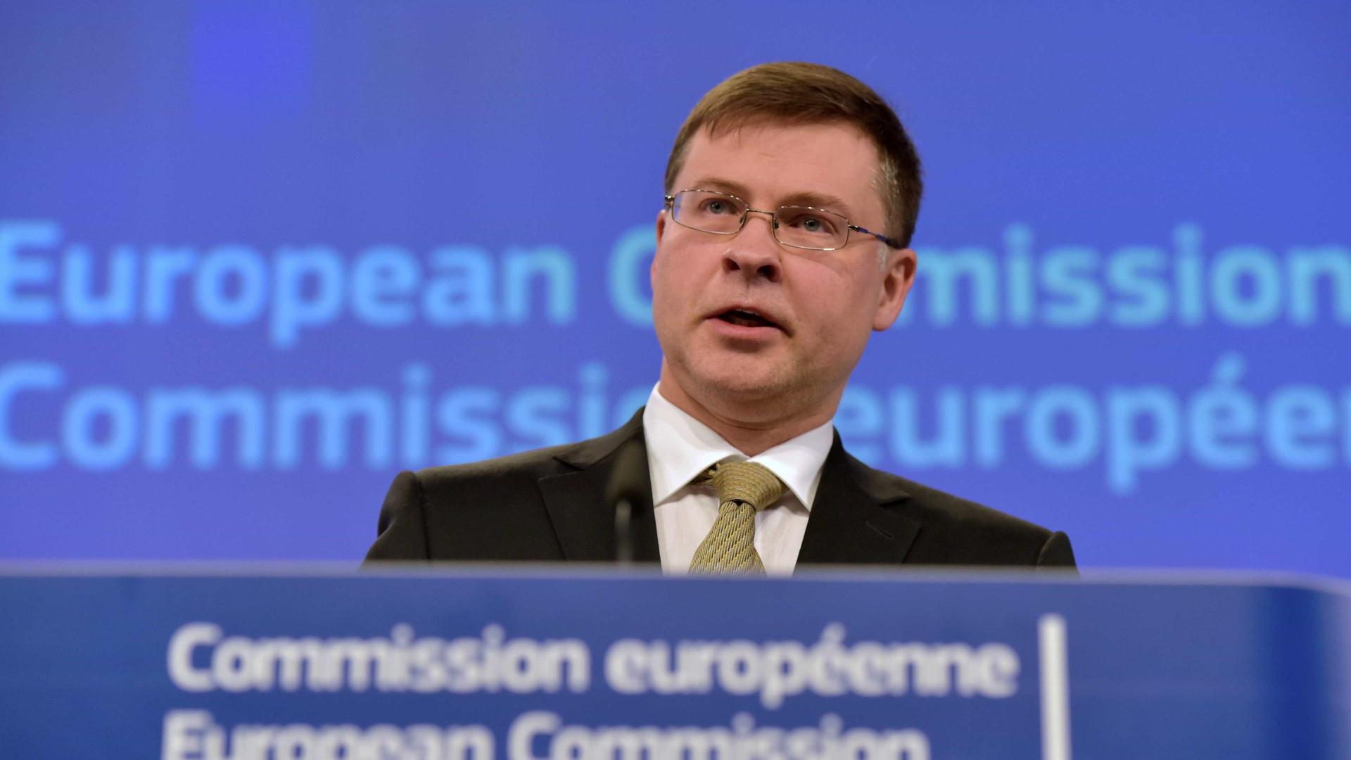 Resultado de imagem para Valdis Dombrovskis