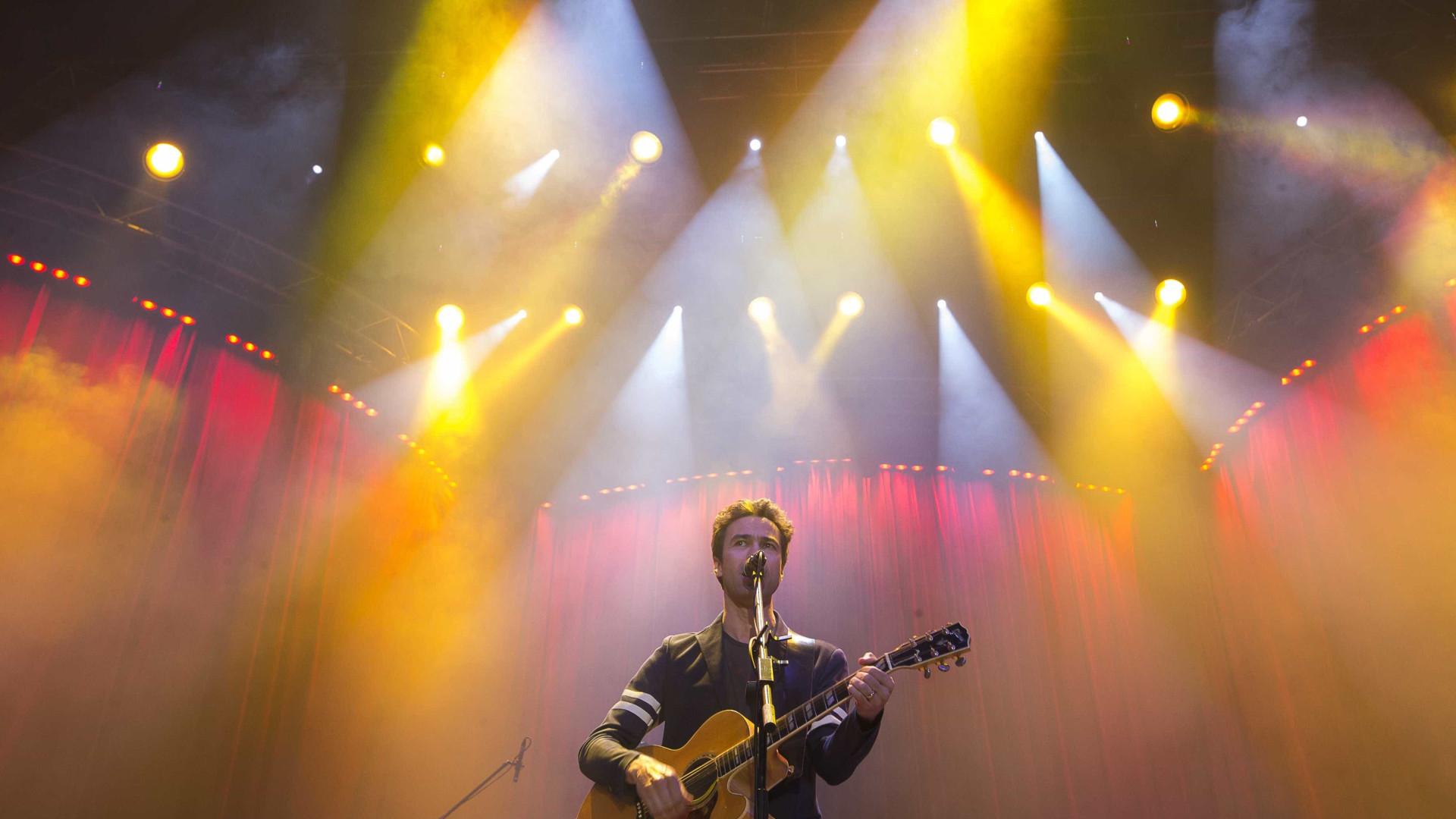 David Fonseca dá concerto gratuito hoje no Chiado