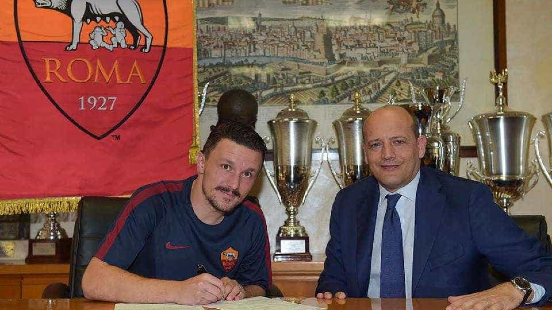 Empresário de Mário Rui garante que Nápoles está interessado no jogador