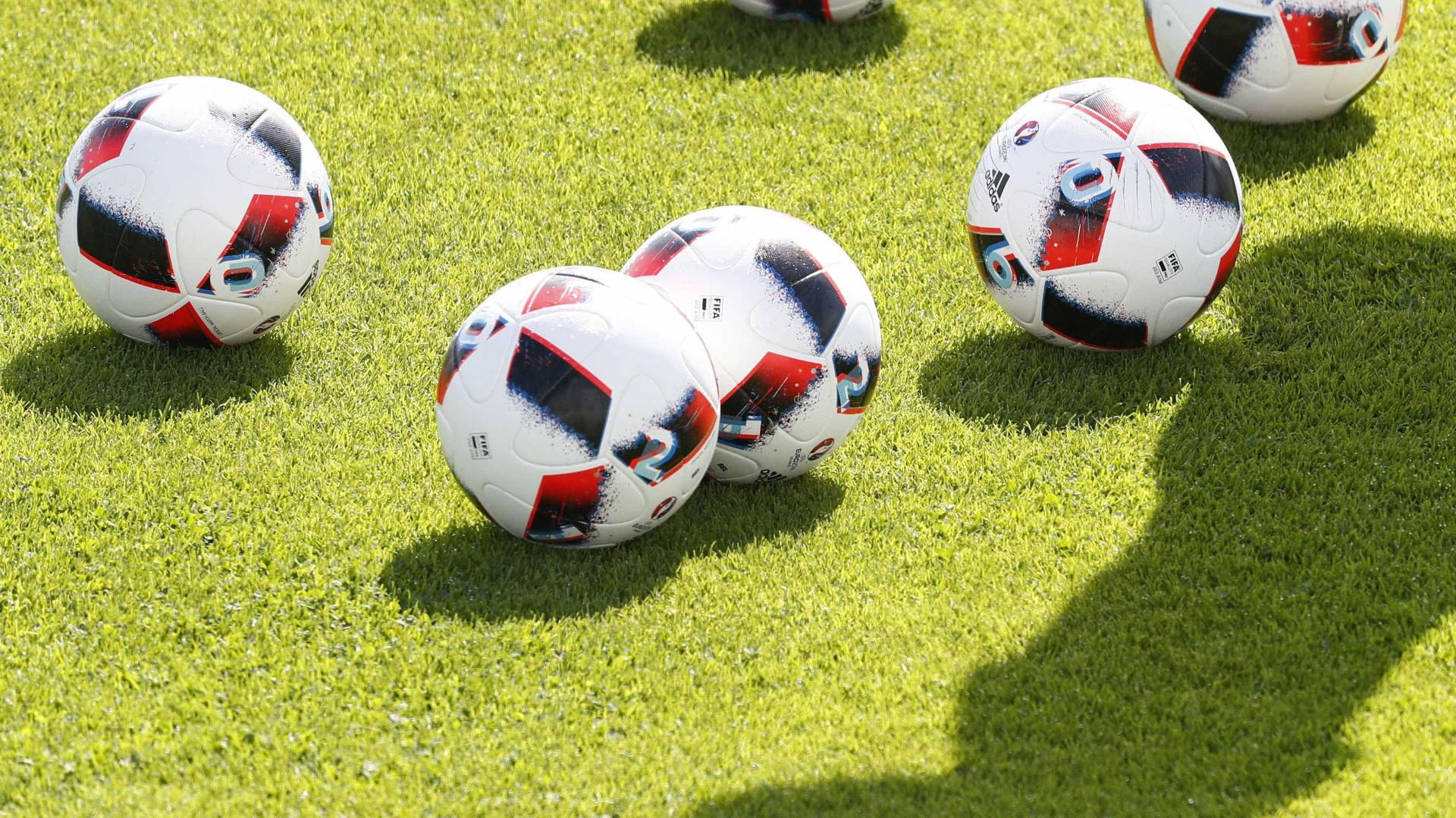 Treze cidades chinesas preparam-se para eventual Mundial de futebol