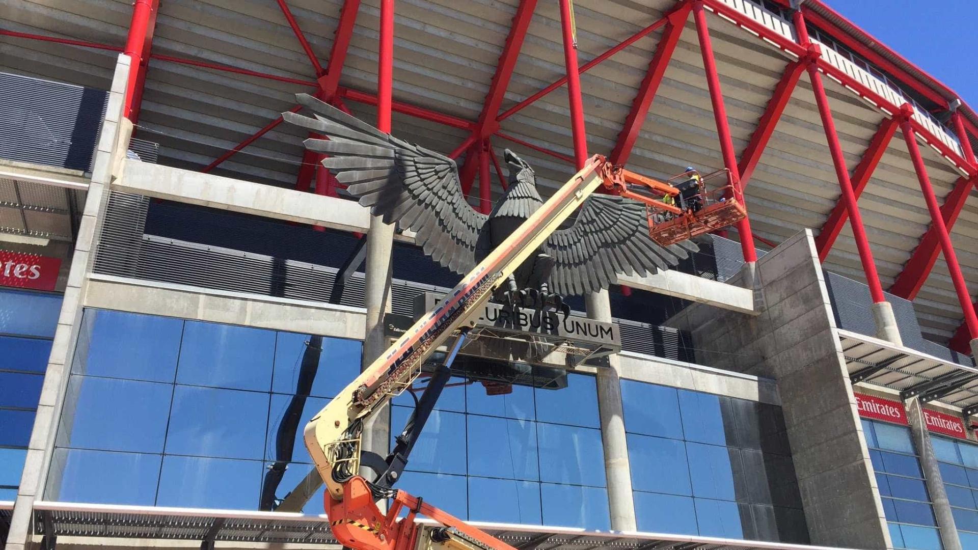 Ações do Benfica disparam 6% com notícias sobre saída de Rui Vitória