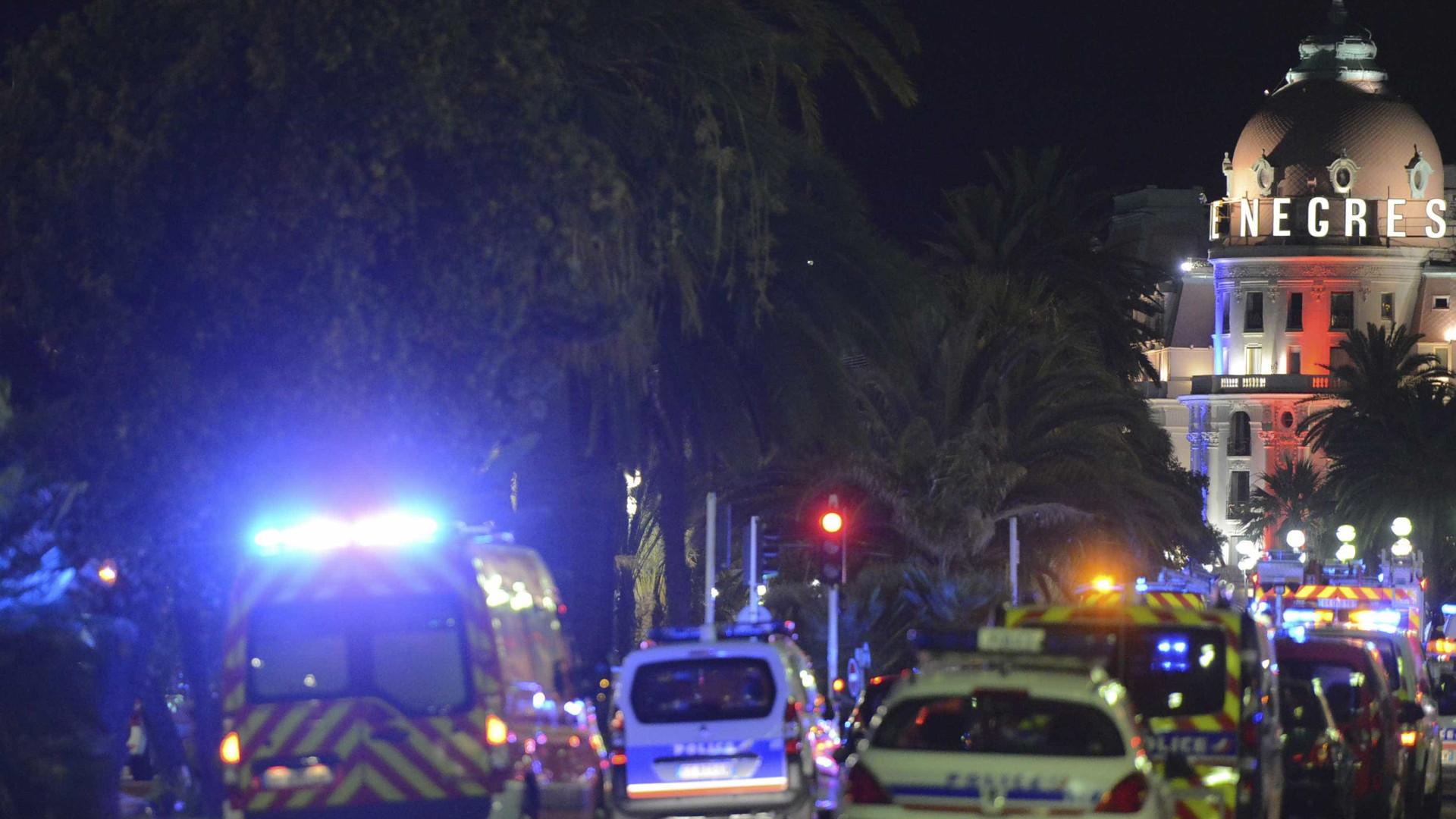 """Há cerca de 10 mil portugueses em Nice. Governo """"a acompanhar"""" situação"""