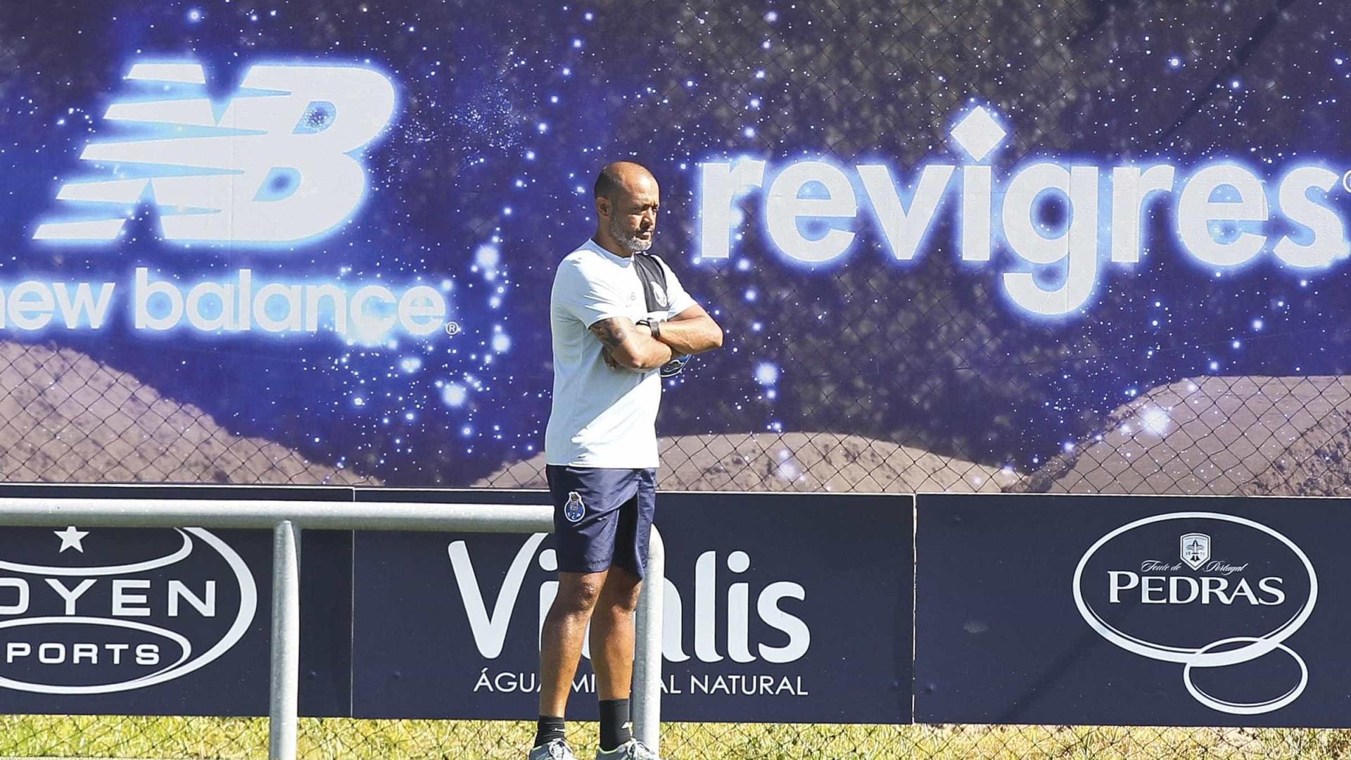 Regresso de João Costa foi a novidade no treino do FC Porto