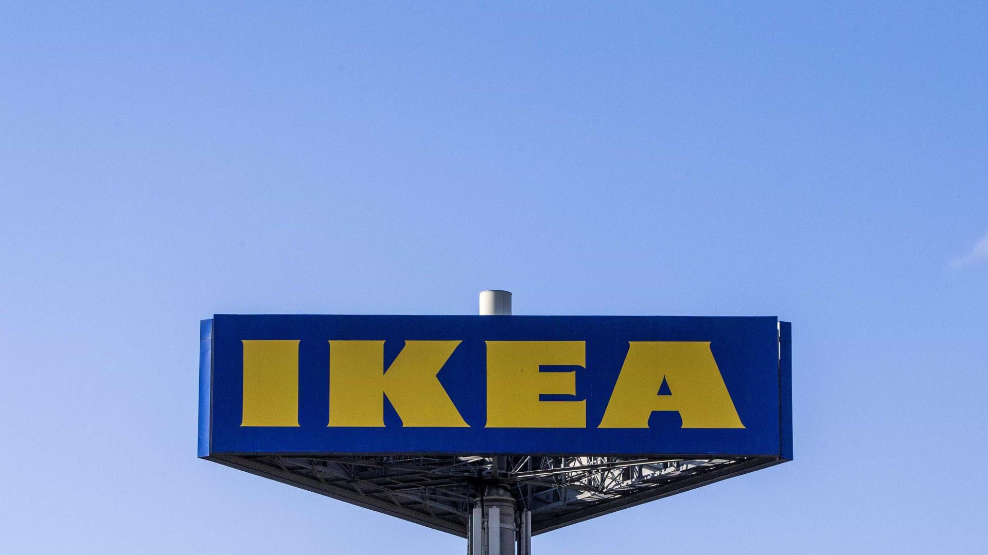 Homem morre em alegado acidente de trabalho em loja do Ikea