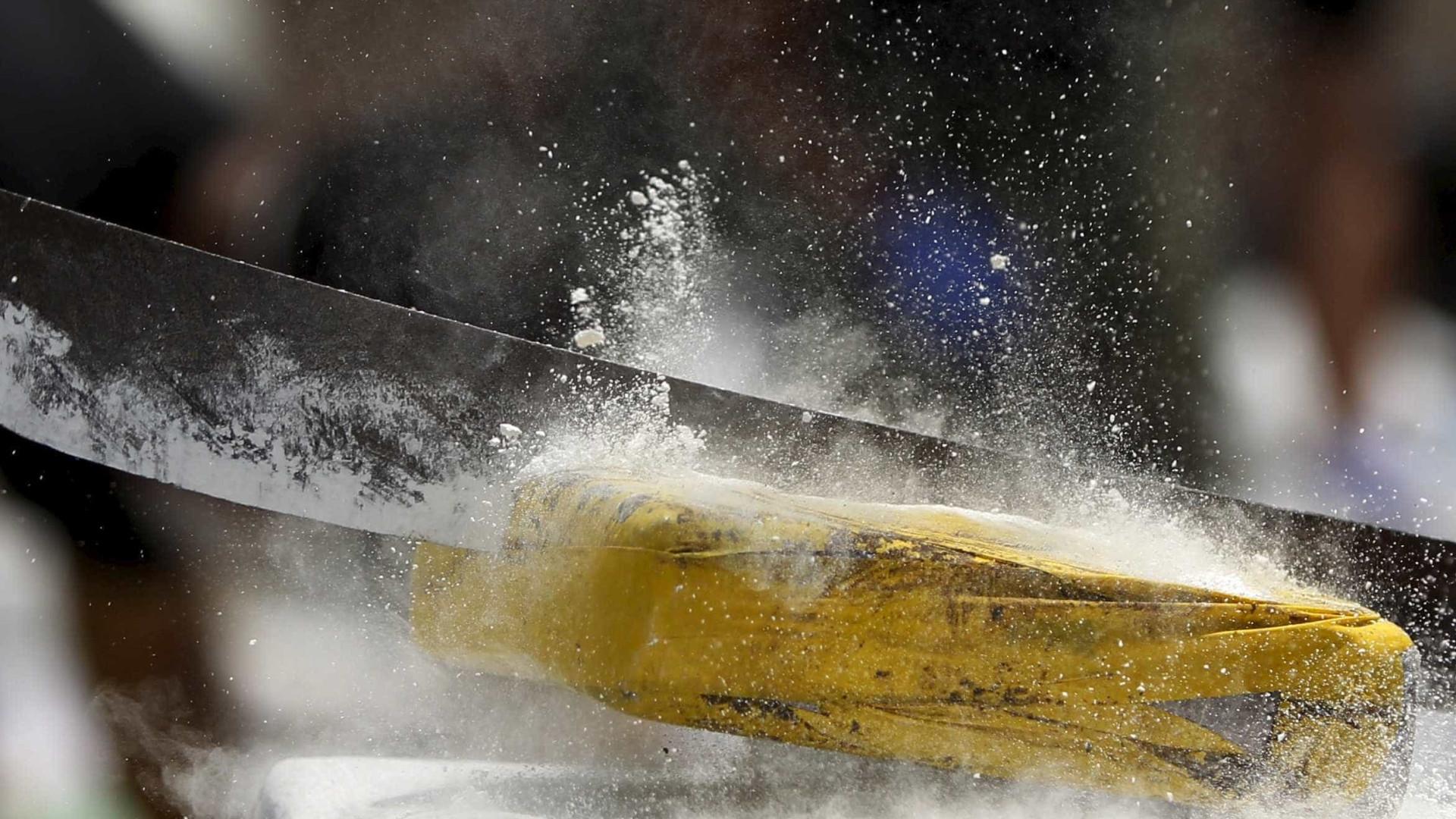 Marinha colombiana encontra cocaína do segundo maior grupo de guerrilha